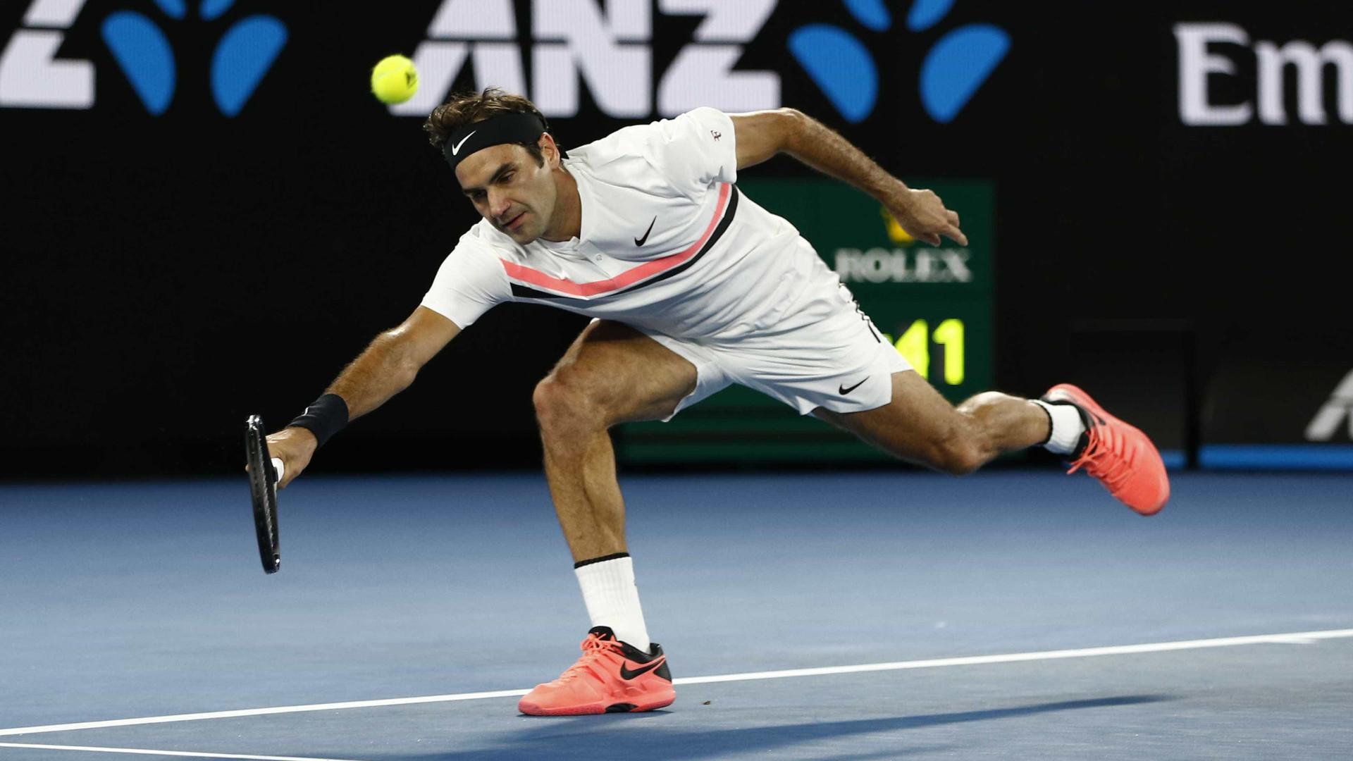 Federer vence Struff sem sustos e vai à terceira fase em Melbourne