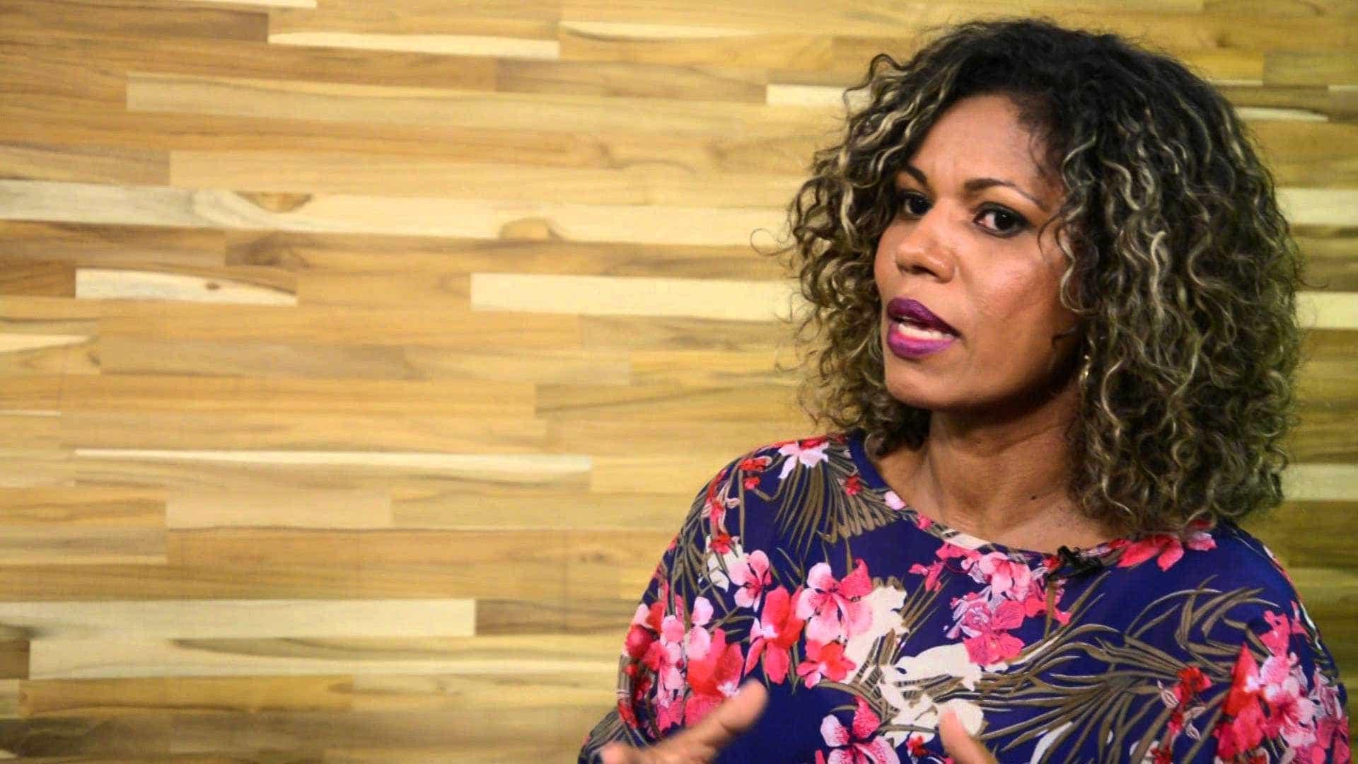 Ex-morena do 'Tchan' vence depressão e diz se inspirar em Ana Furtado
