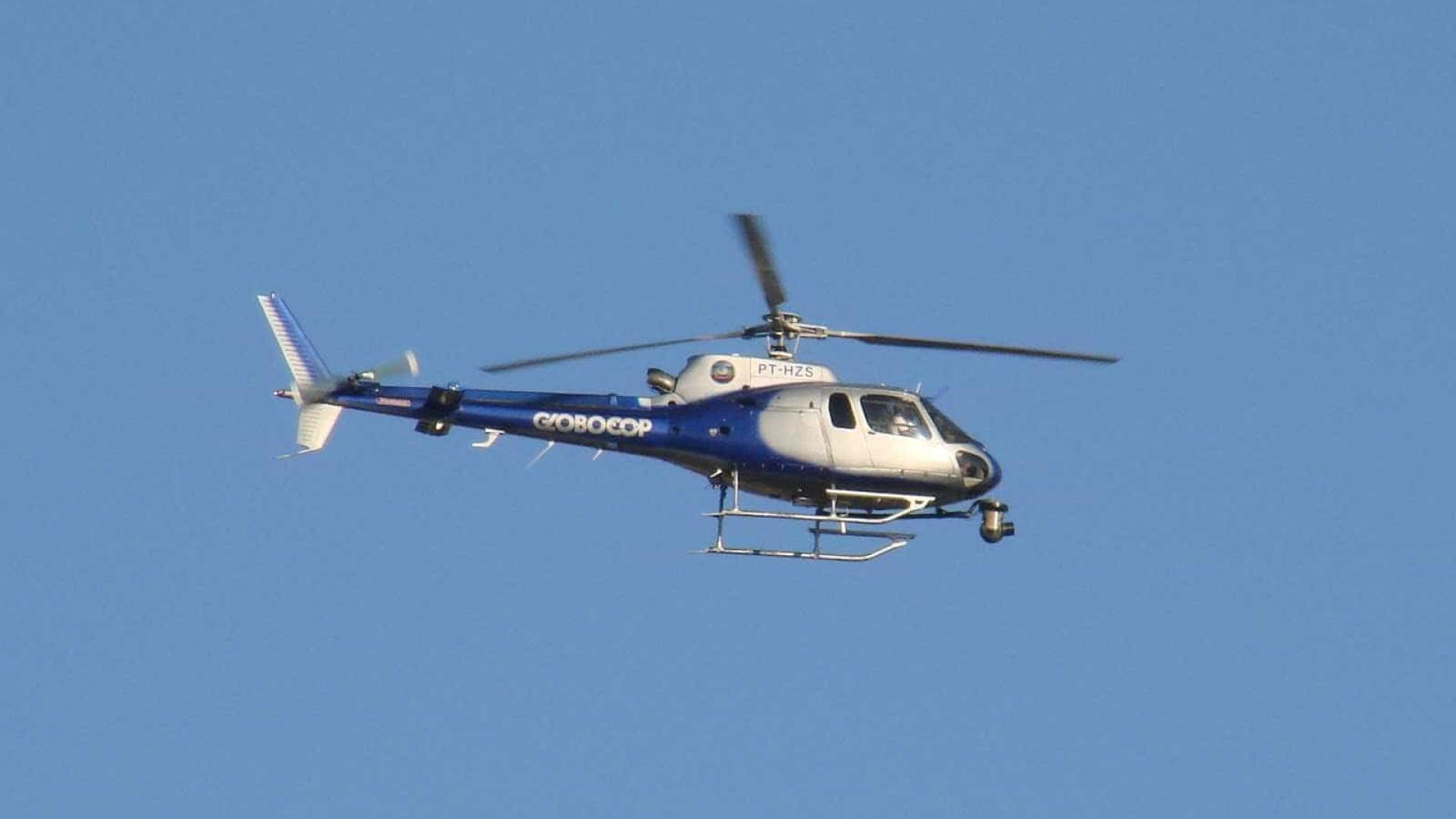 Helicóptero da Globo cai em praia do Recife e deixa ao menos 2 mortos
