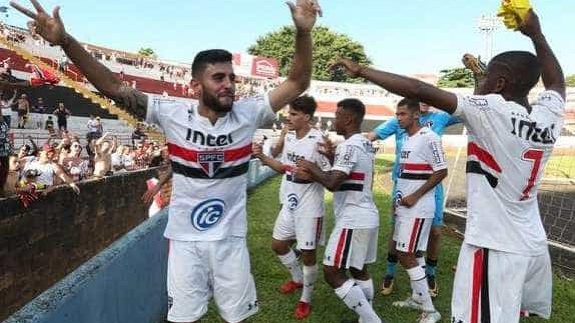 São Paulo vence o Internacional e pega o Flamengo na final da Copinha