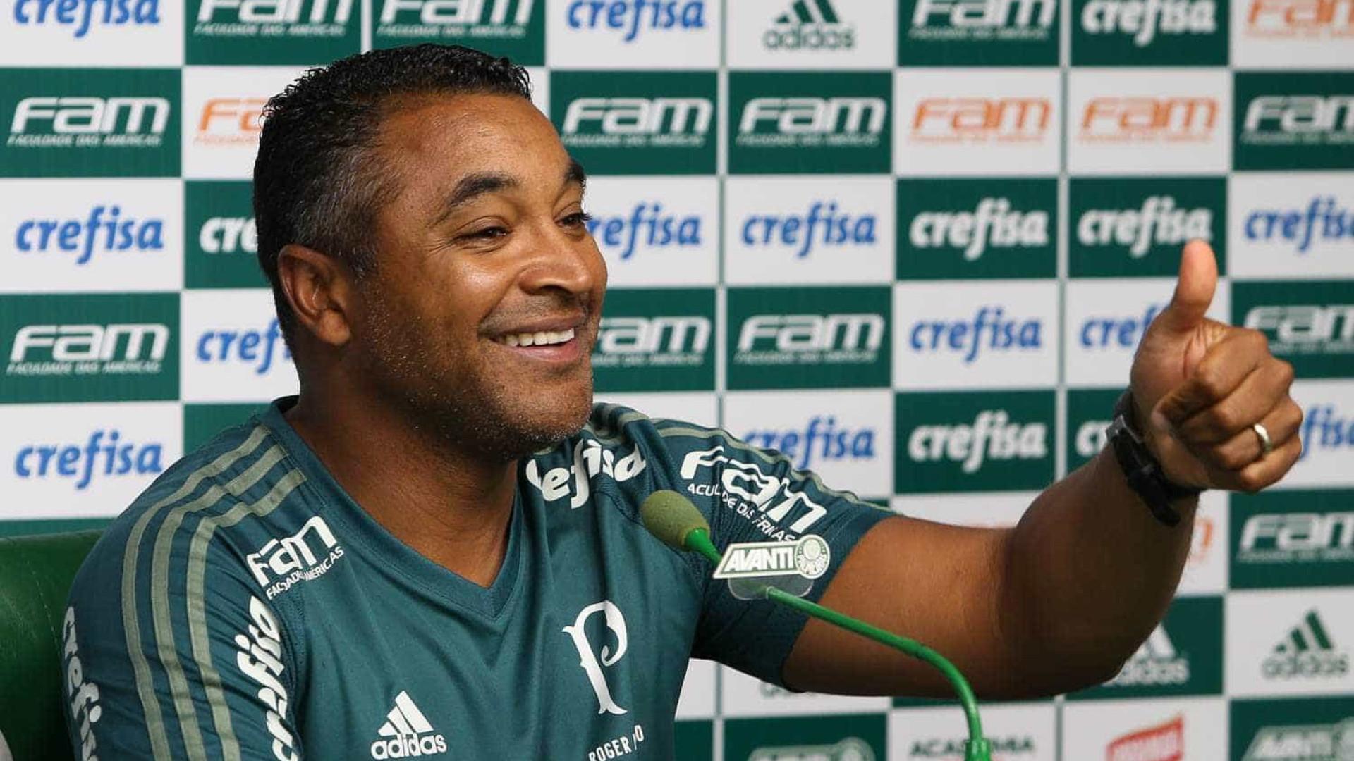 "Apostando em Borja, Palmeiras analisa chance a Guerra como ""falso 9"""