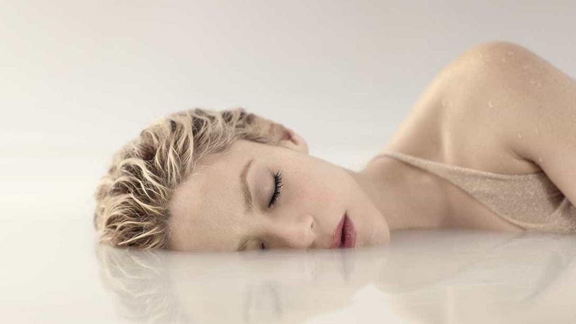 Shakira lança novo clipe sensual com Maluma; veja