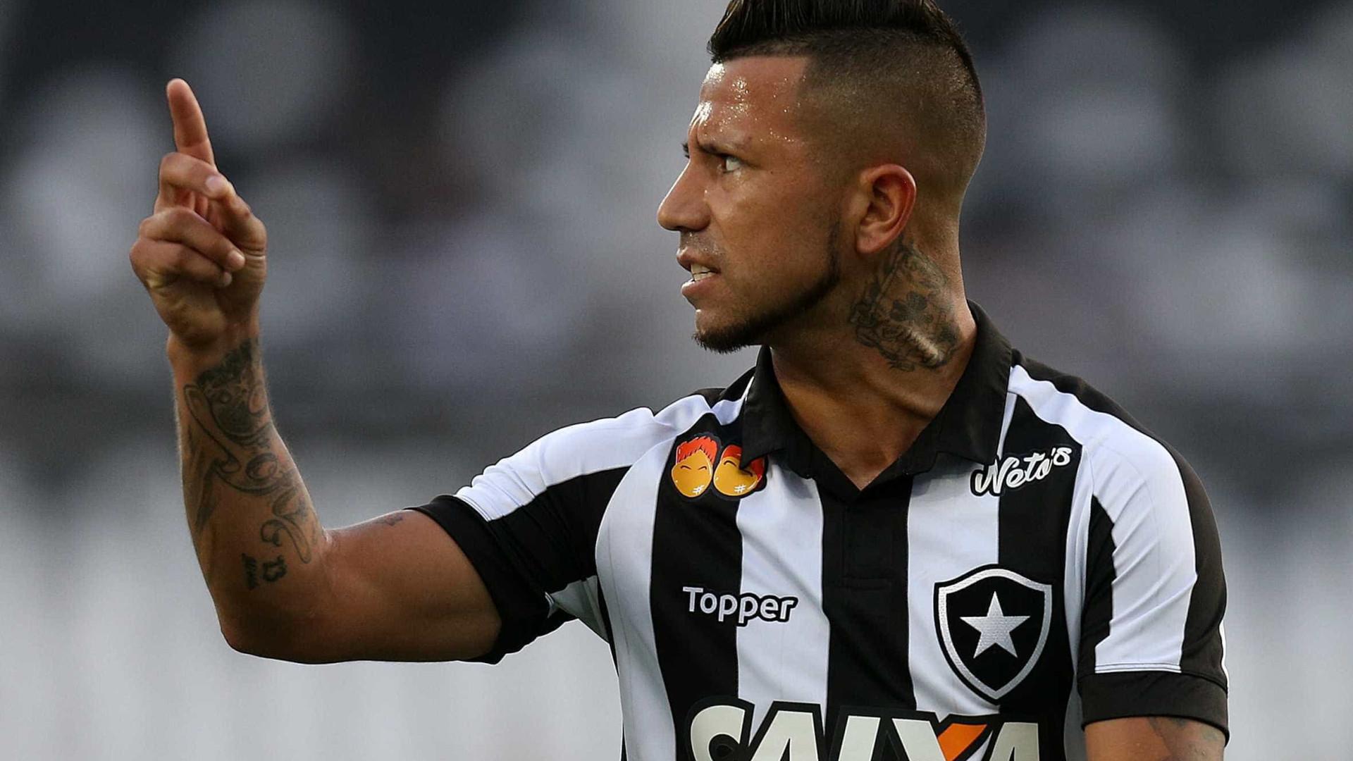 Botafogo inicia semana decisiva contra a Aparecidense