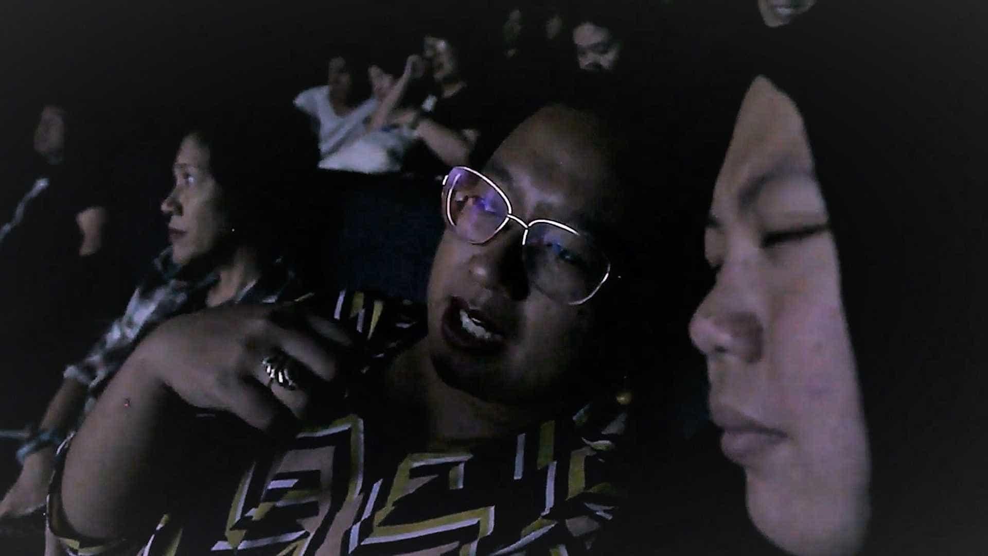 Projeto leva cinema para cegos da Indonésia