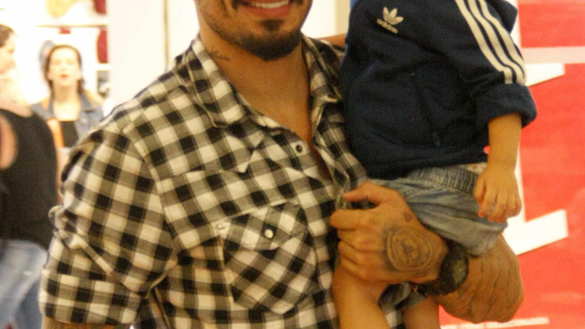 Fernando, do BBB 15, está namorando ex-mulher de global
