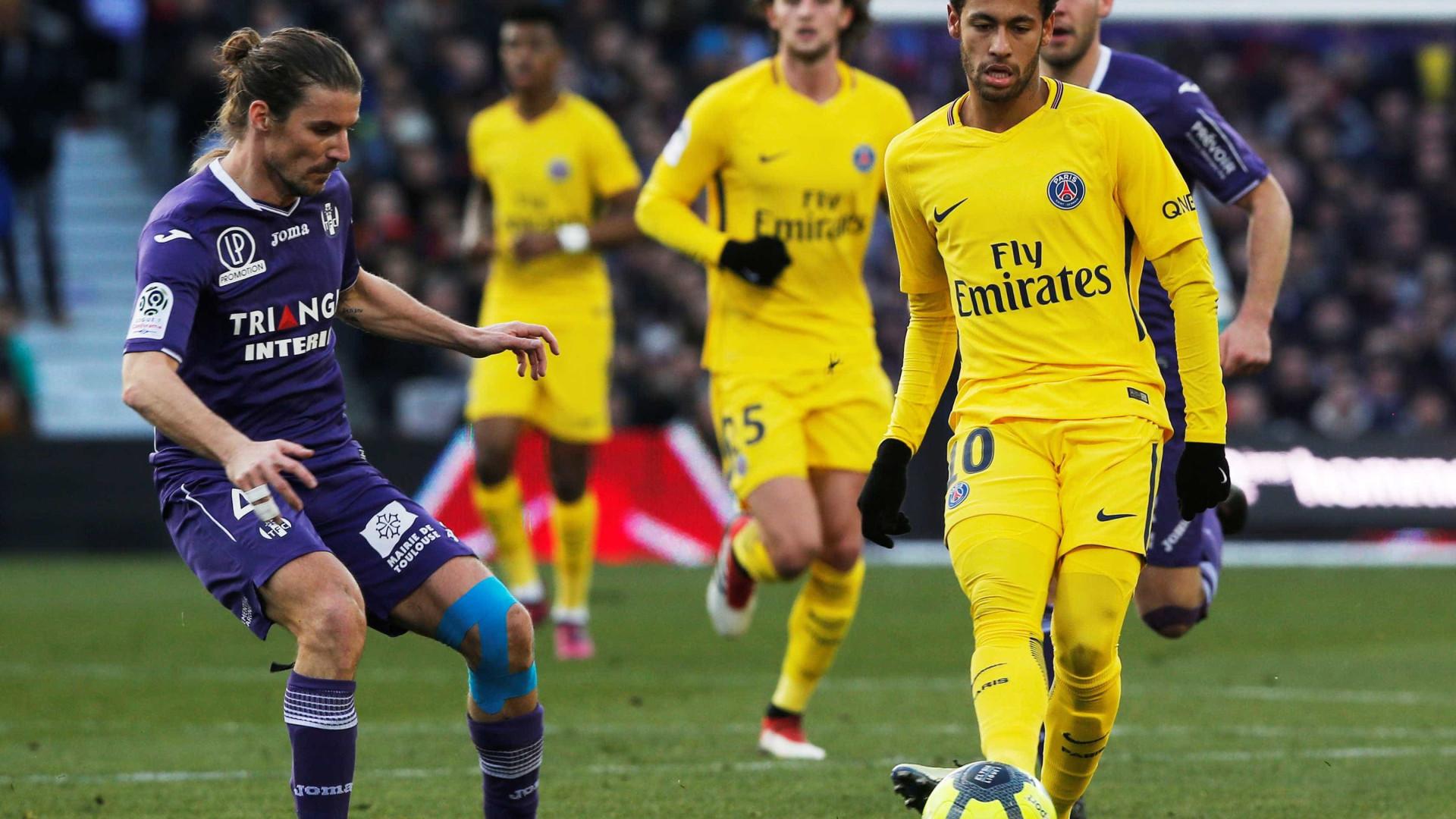 Neymar decide e PSG supera Toulouse no Campeonato Francês