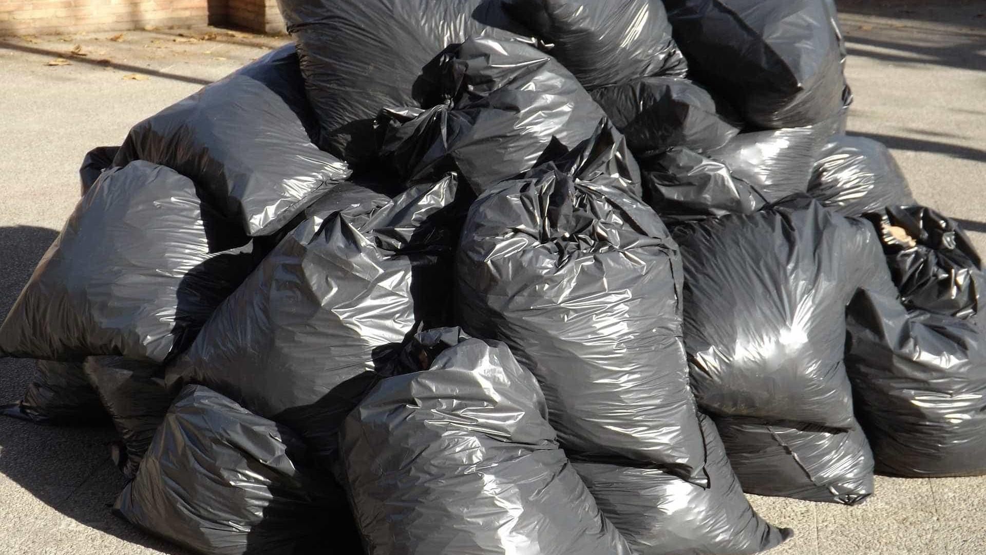 Corpo decapitado é encontrado dentro de saco em Manaus