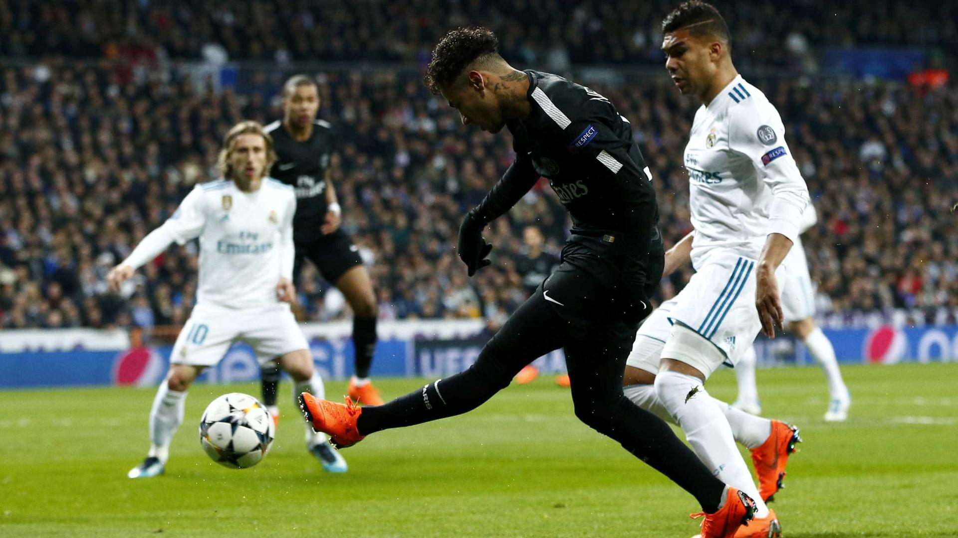 Real Madrid x PSG já estão em campo pela Champions
