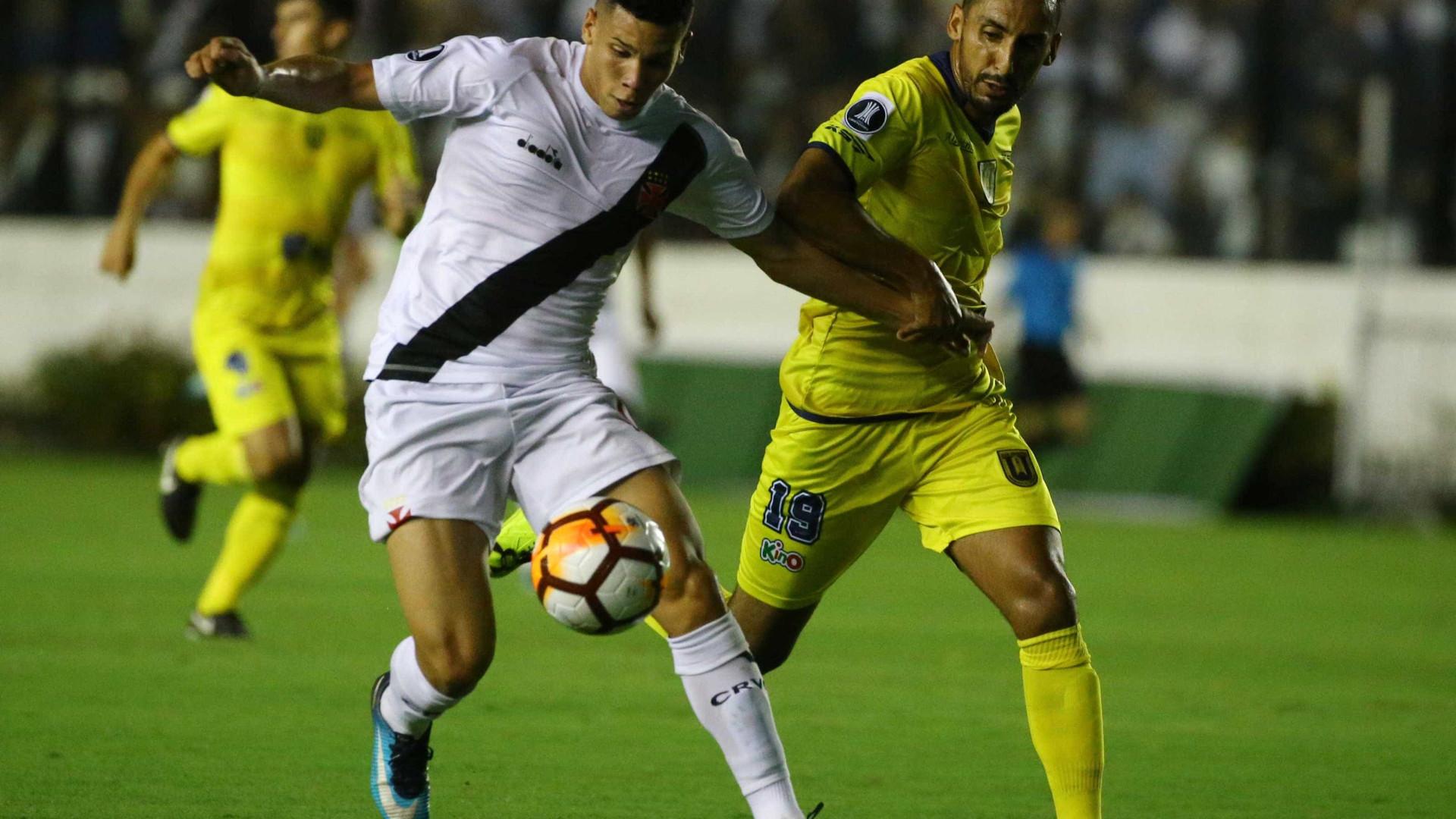 Cria do Vasco, Paulinho admite que jogaria no Flamengo