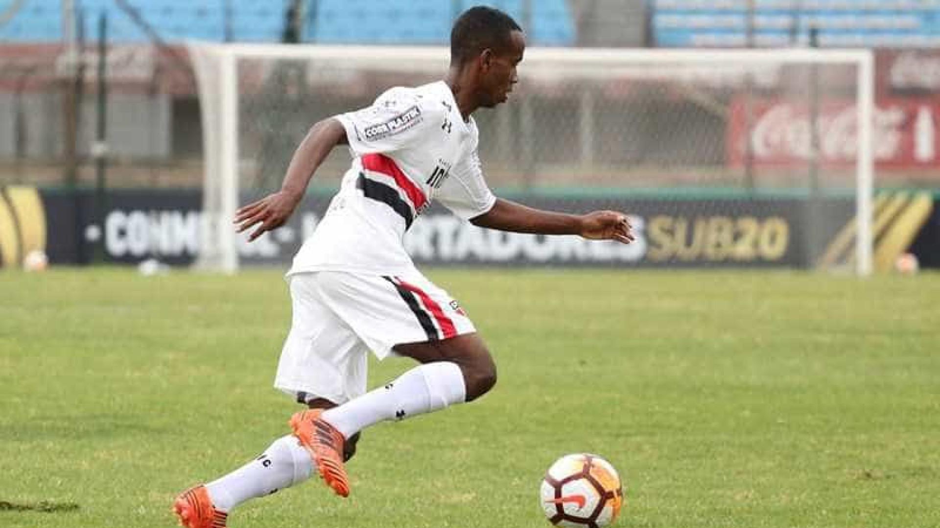São Paulo repudia racismo sofrido por jogador do clube no Uruguai