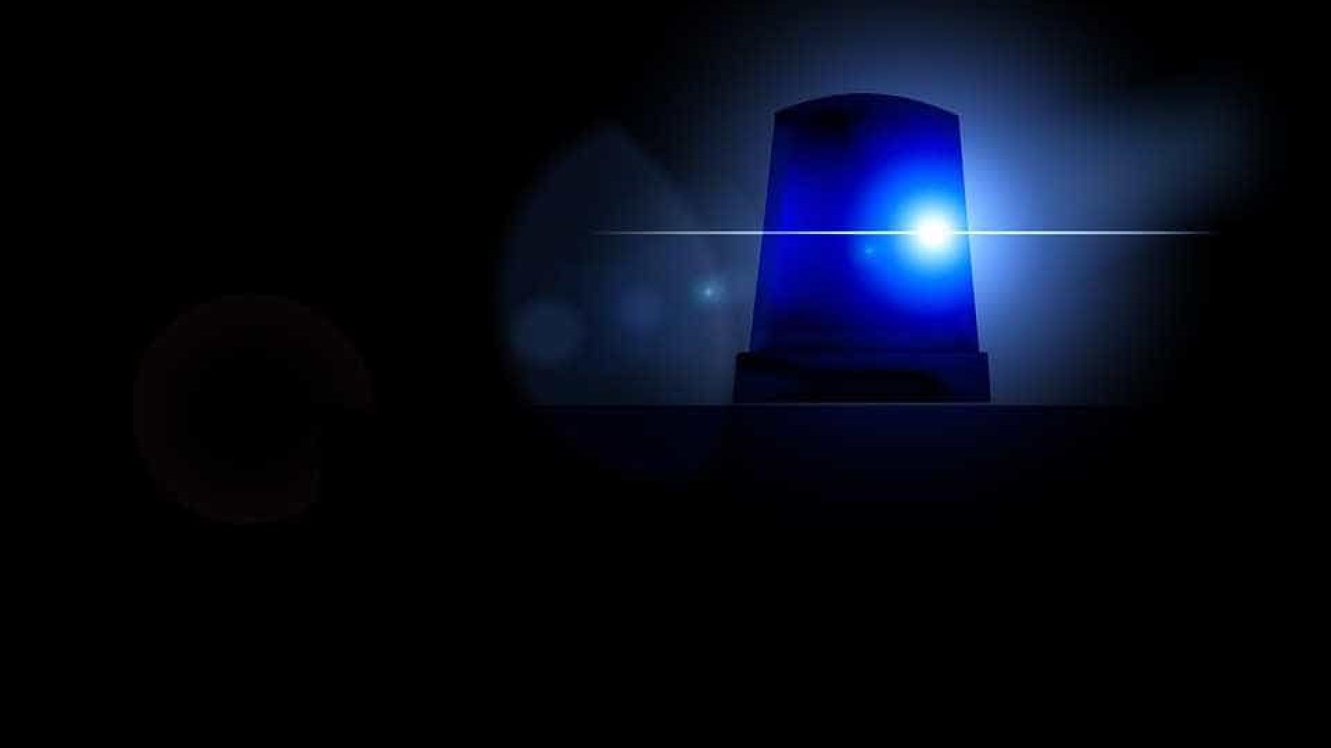 Homem tenta assaltar mulher e acaba espancado por passageiros de trem