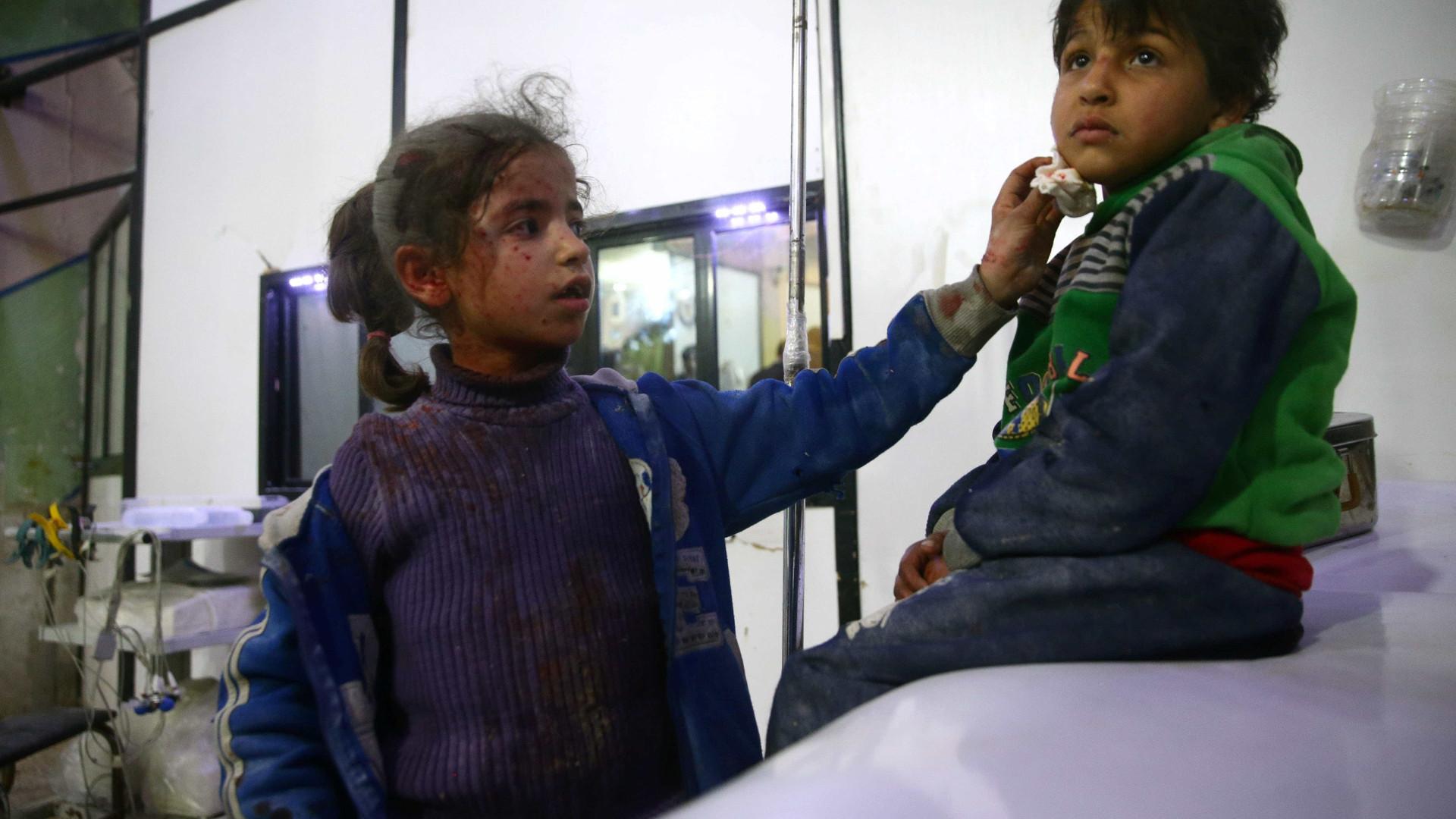 Após uma semana de bombardeios, mais de 500 morremna Síria