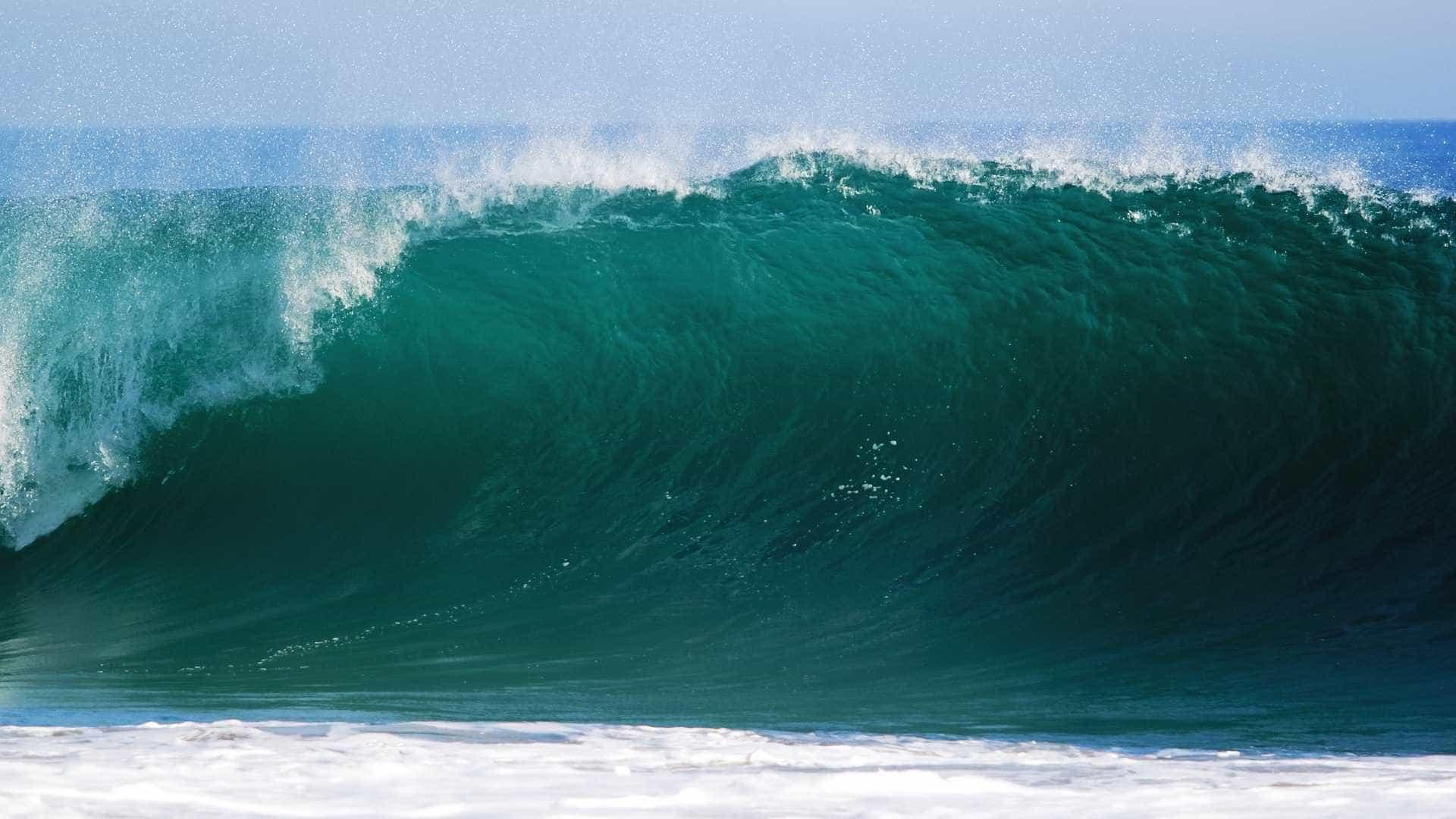 Resultado de imagem para mar com ondas de até 4 metros