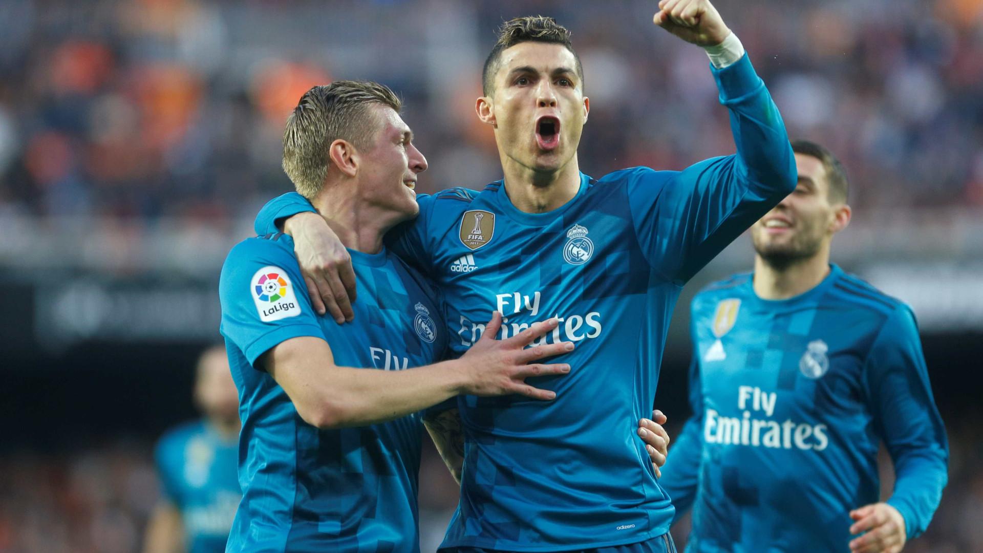 Real Madrid vai com força máxima para o duelo contra o PSG em Paris