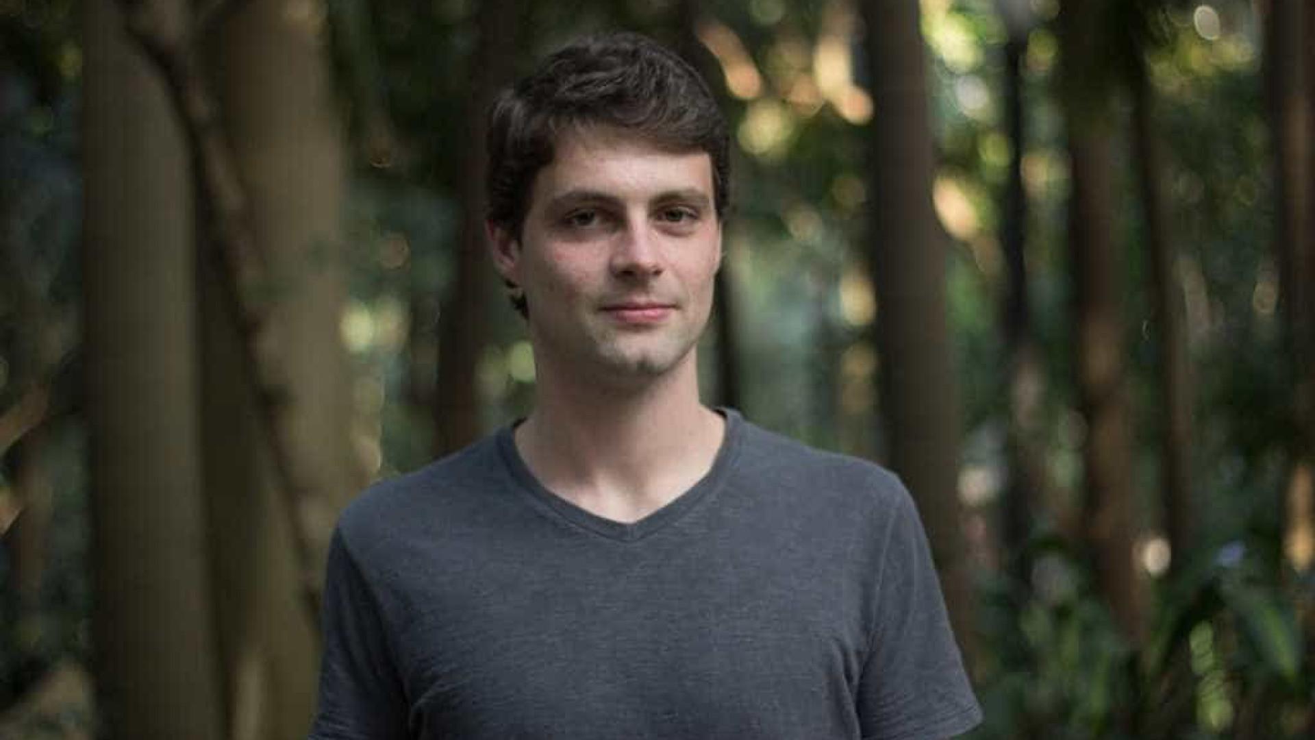Morre aos 29 anos o escritor brasileiro Victor Heringer