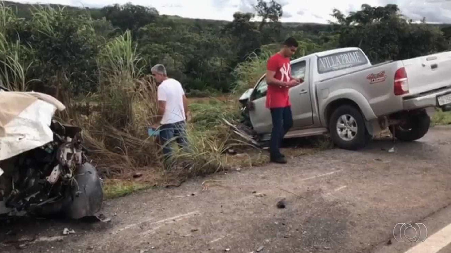 Acidente deixa 4 mortos na BR-070, vice-prefeito e filho ficam feridos
