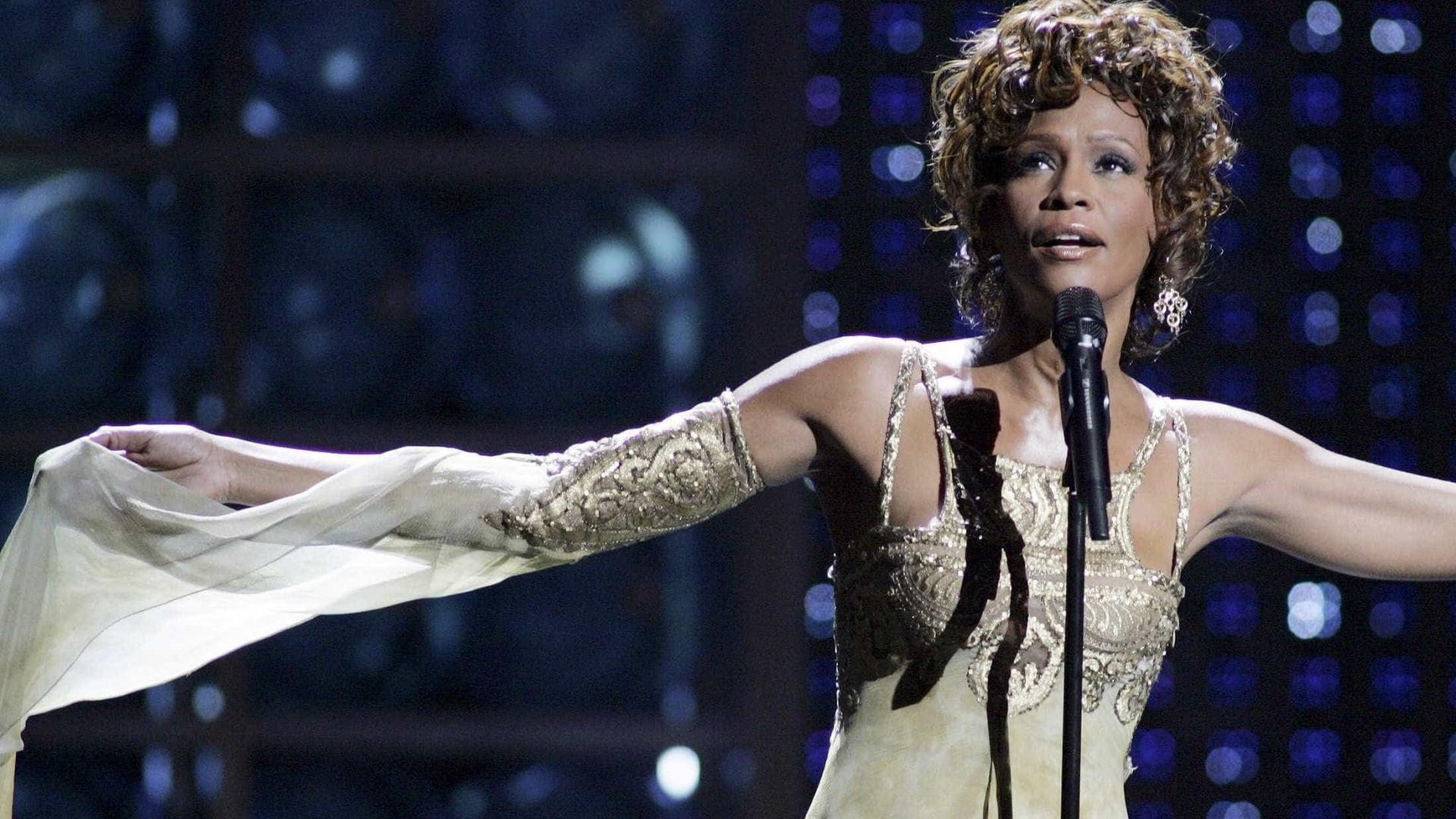 Filme apresentado em Cannes diz que Whitney Houston foi abusada por tia
