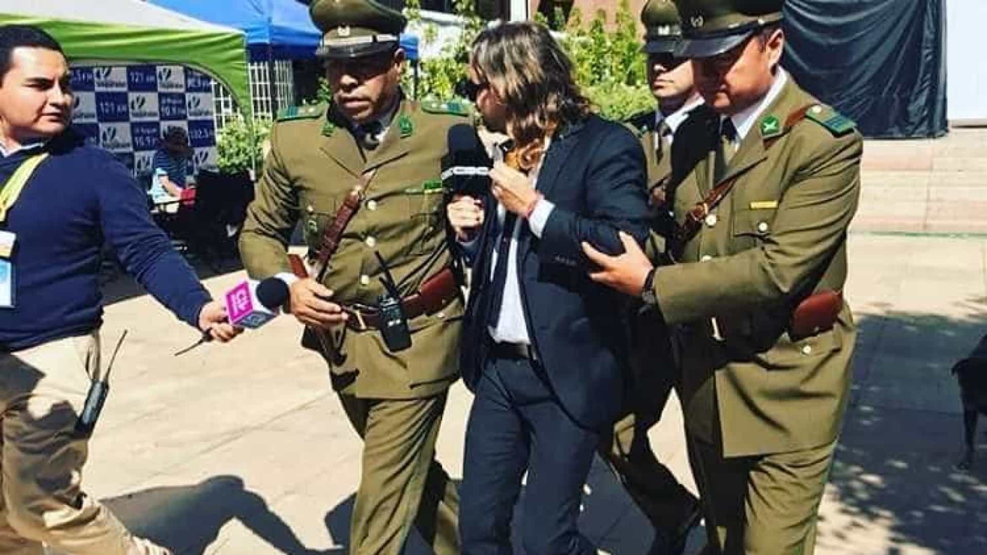Repórter do CQC no Chile é expulso ao questionar Temer sobre corrupção