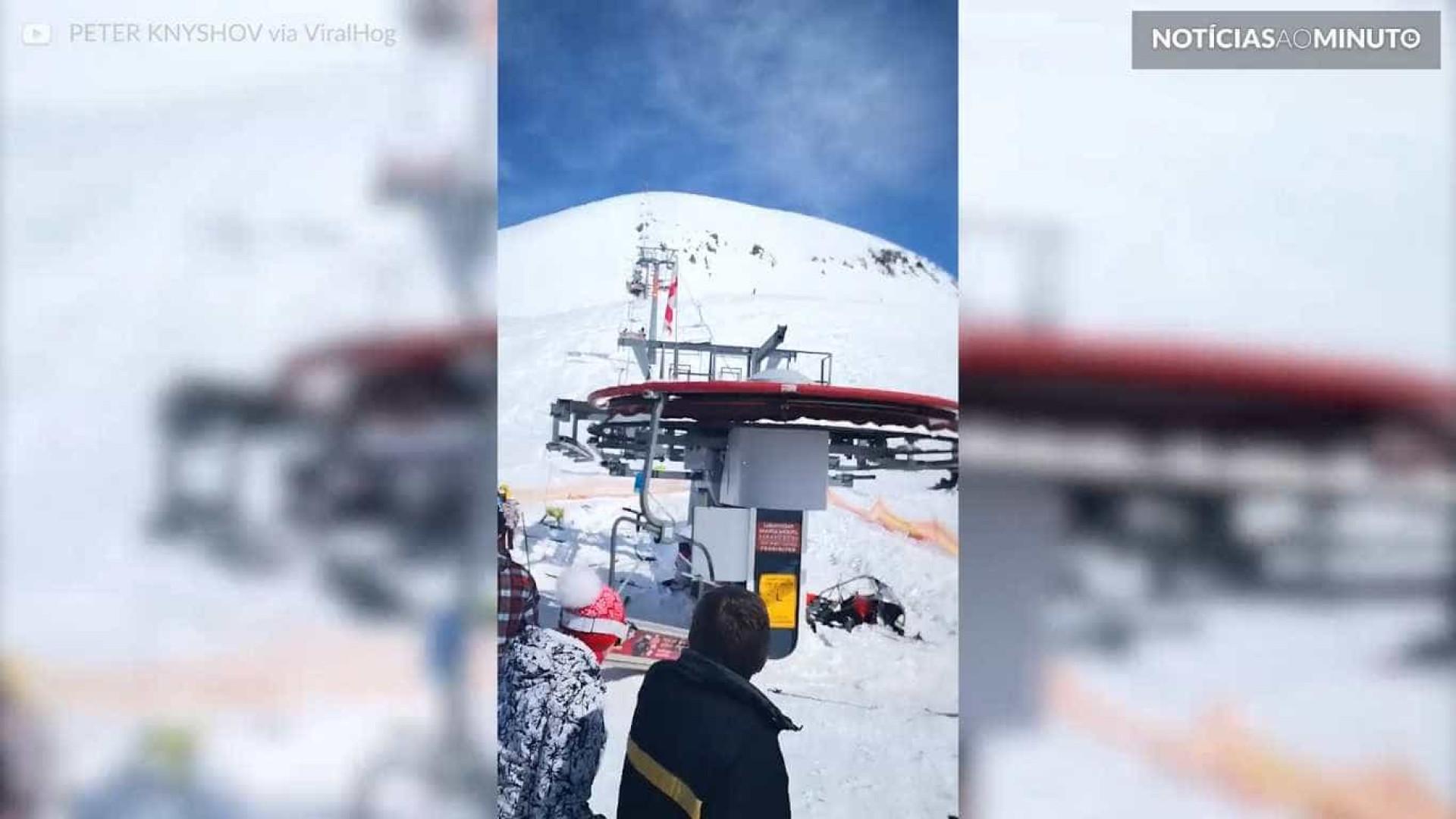 Pânico: teleférico fora de controle arremessa esquiadores na Geórgia