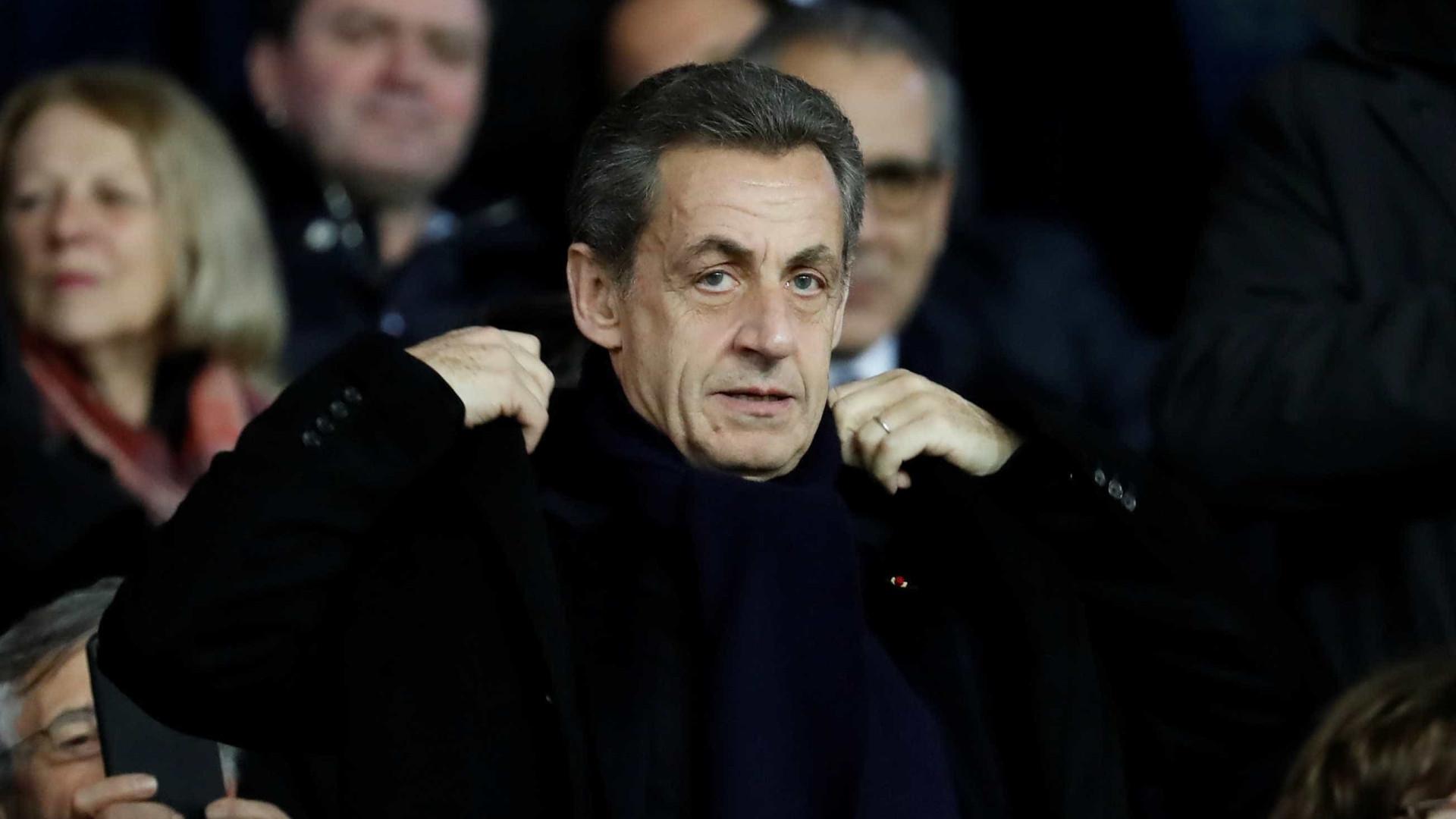 Ex-presidente francês Sarkozy é detido por irregularidade em campanha