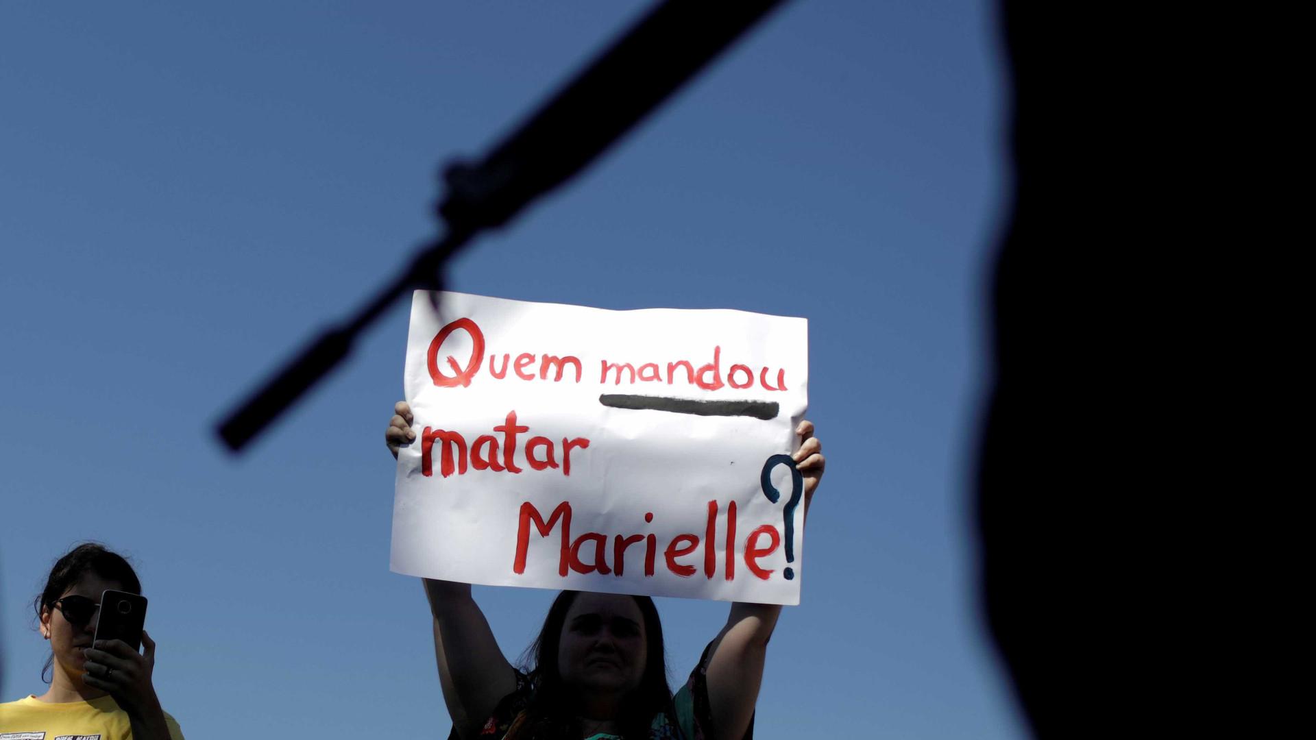 Polícia apreende documentos de vereador citado em caso Marielle