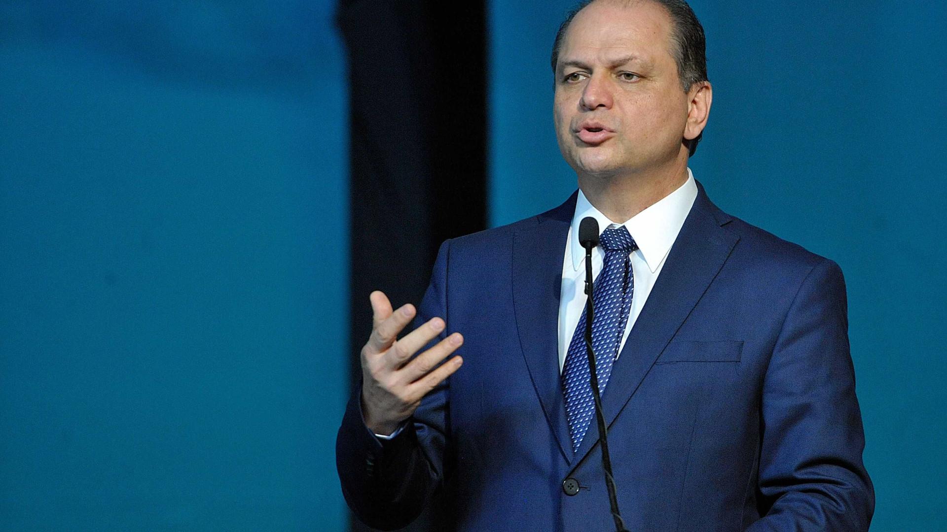 Ex-ministro Ricardo Barros entra na disputa pelo comando da Câmara