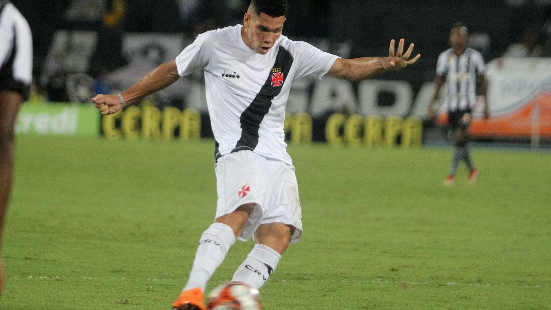 Paulinho é cobiçado por gigantes europeus e pode deixar o Vasco