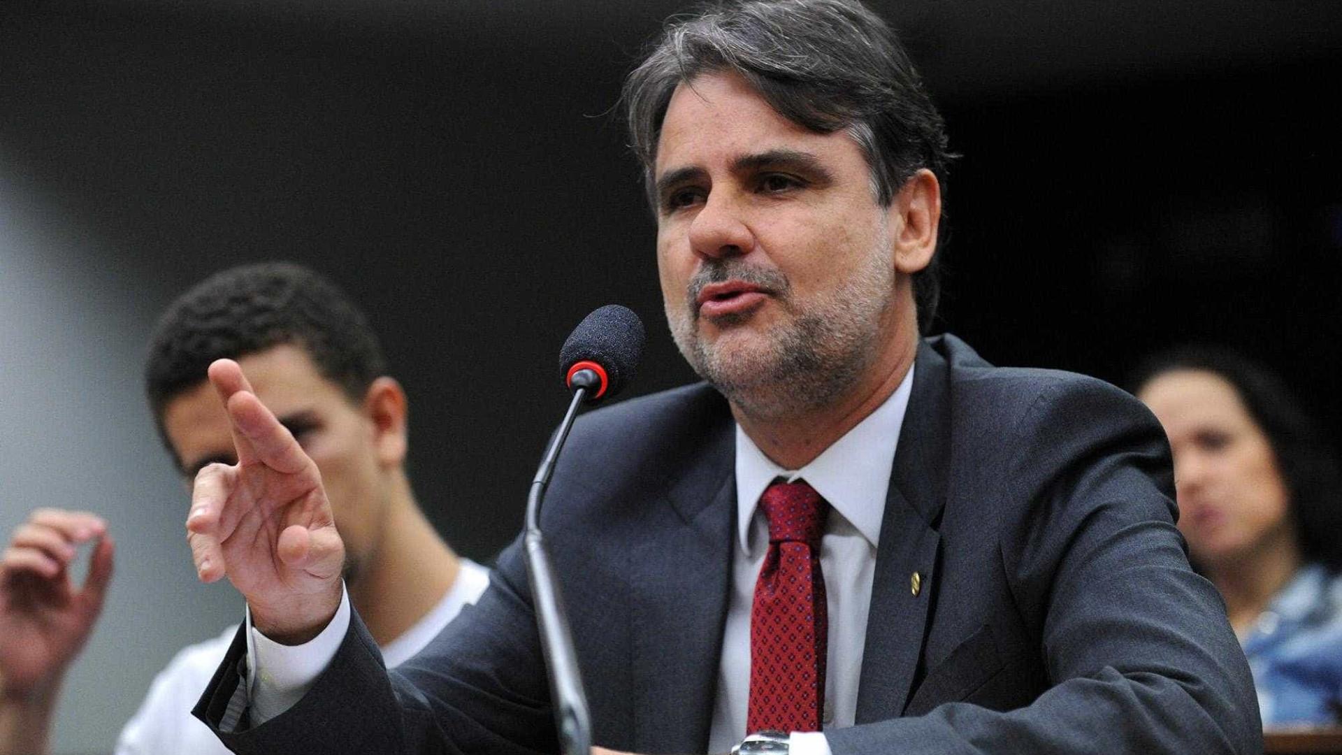Diretório do MDB em Pernambuco acusa Romero Jucá de abuso de poder