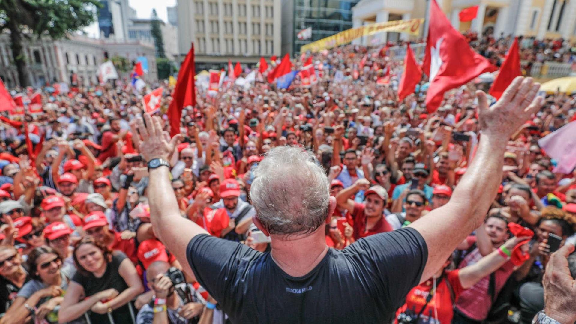 Se Lula for candidato, intervenção será única alternativa, diz general