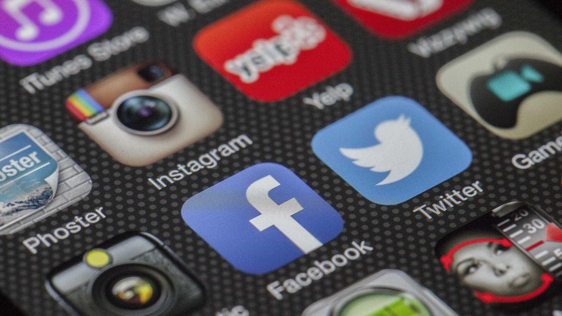 'Revolução' no Facebook afeta o Tinder