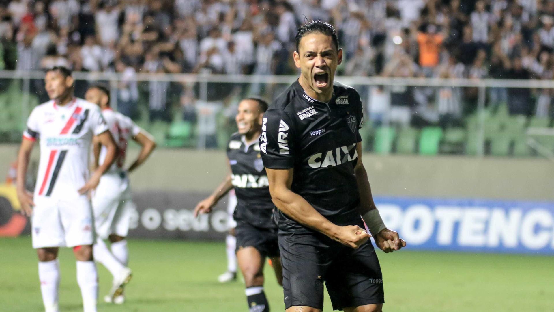 Em três meses, Ricardo Oliveira fica perto de igualar números de 2017