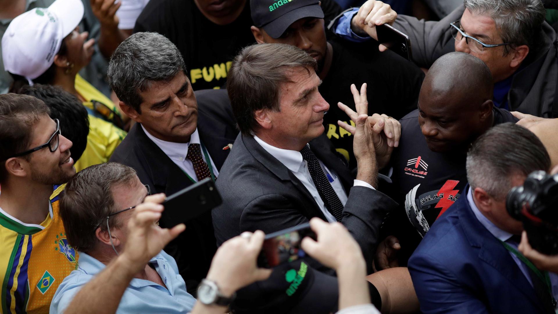 Com general, Bolsonaro vai à região marcada por repressão militar