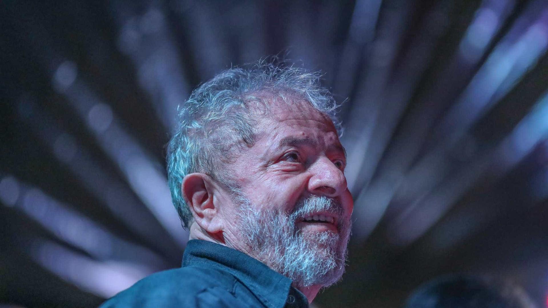 Lula recomenda calma ao PT e pede apoio a Haddad