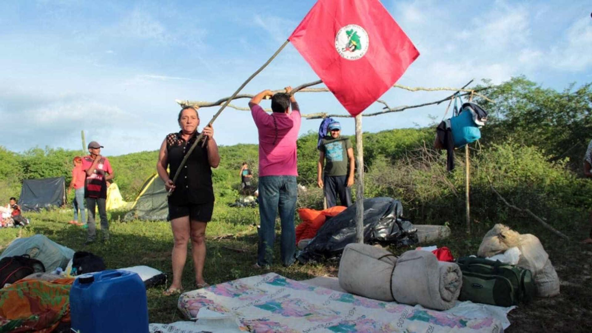 Integrantes do MST ocupam fazendas na PB