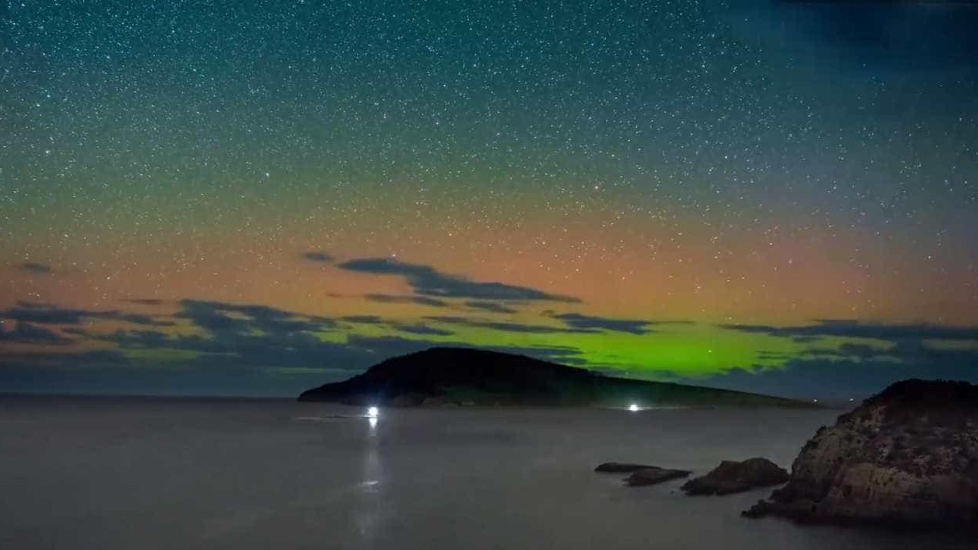 Time-lapse mostra cores incríveis de Aurora Austral na Tasmânia