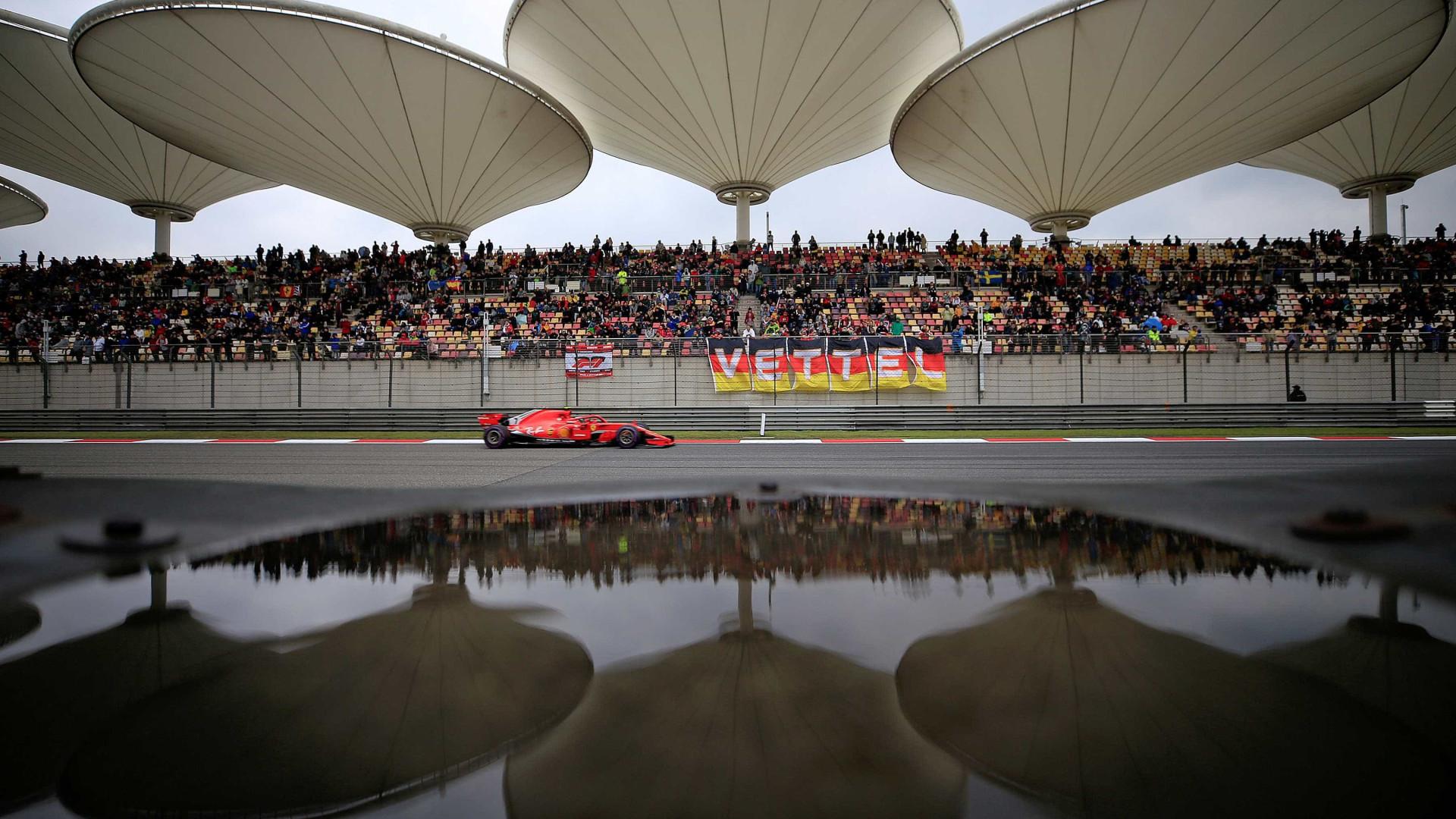 Sebastian Vettel garante a pole no GP da China