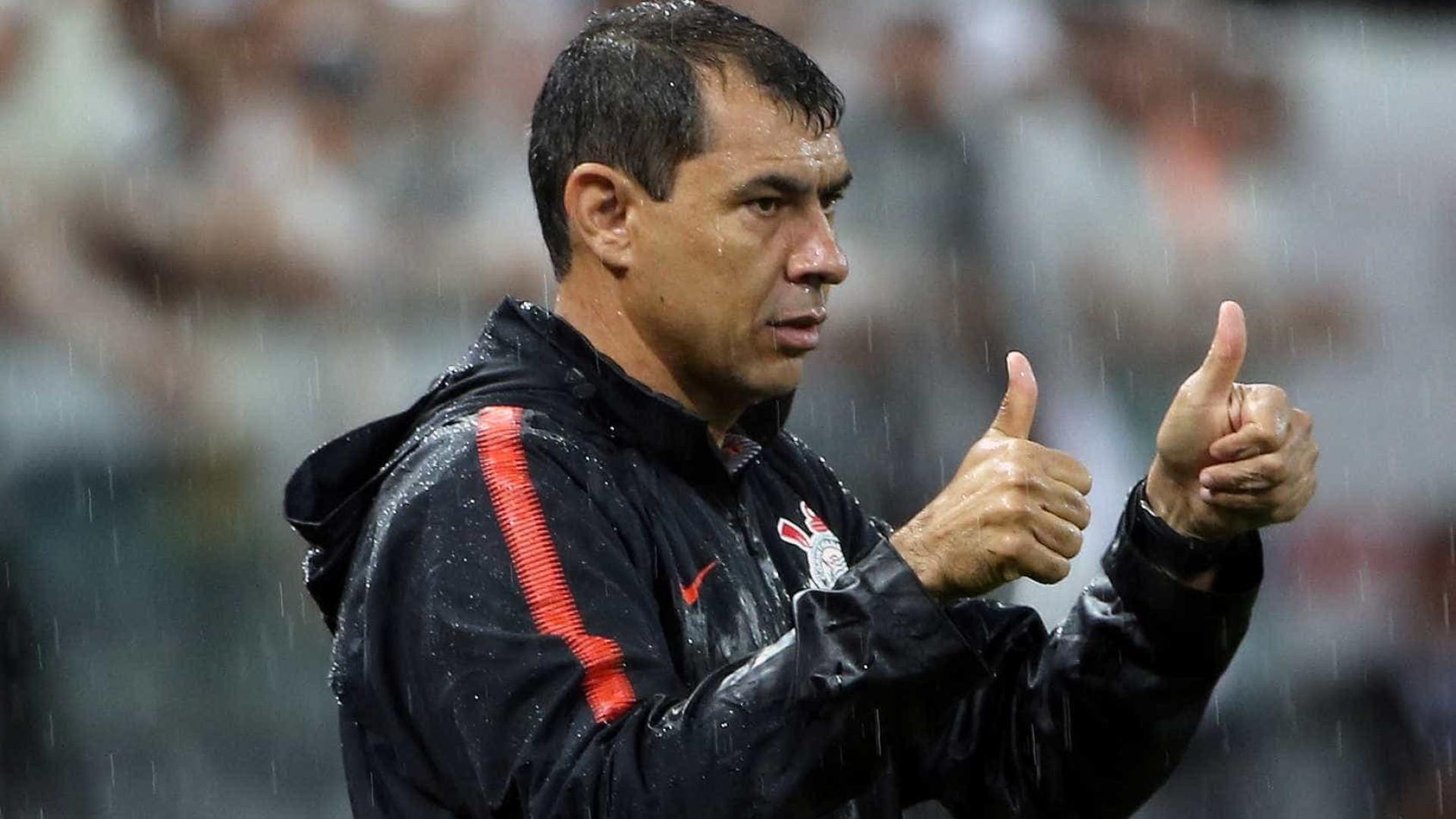 Corinthians anuncia retorno do técnico Carille