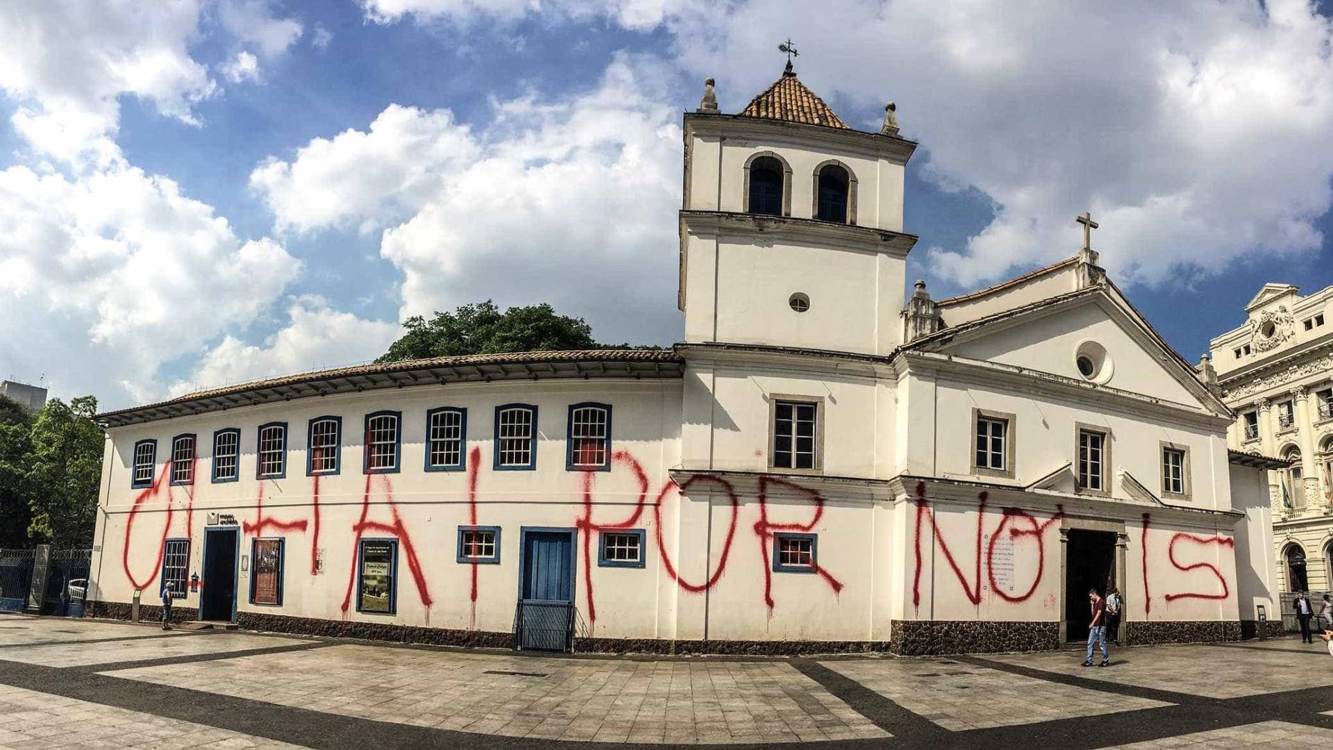 Em SP, restauração da fachada do Pátio do Colégio começa nesta segunda