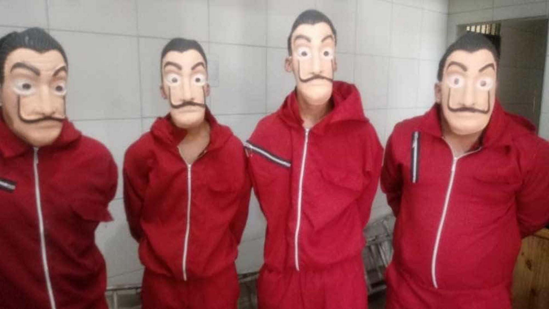 Youtuber invade unidade prisional vestido como personagem de série e é detido