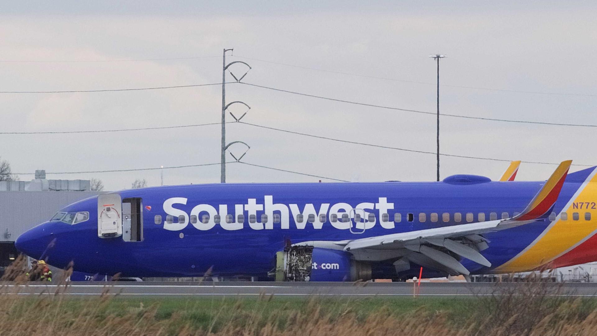 Avião faz pouso de emergência após problema no motor; há feridos
