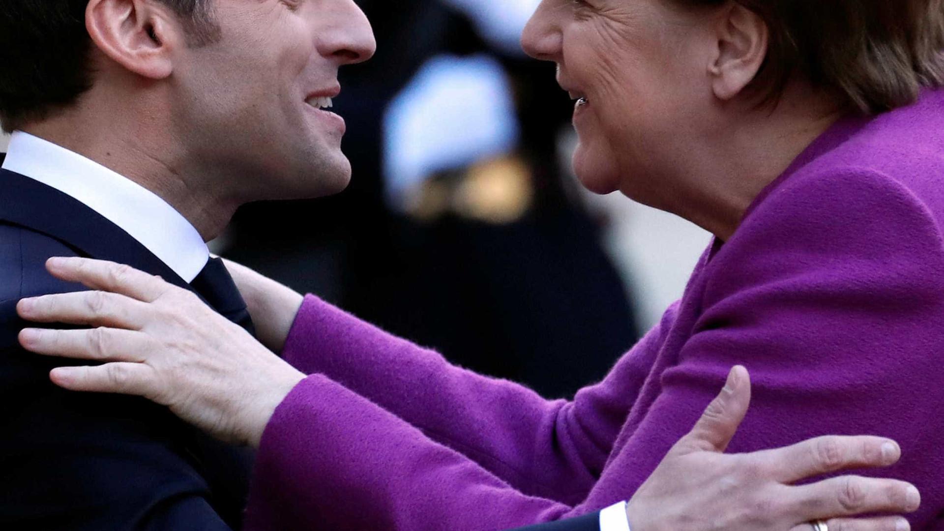 Macron busca apoio de chanceler alemã para reformas na UE