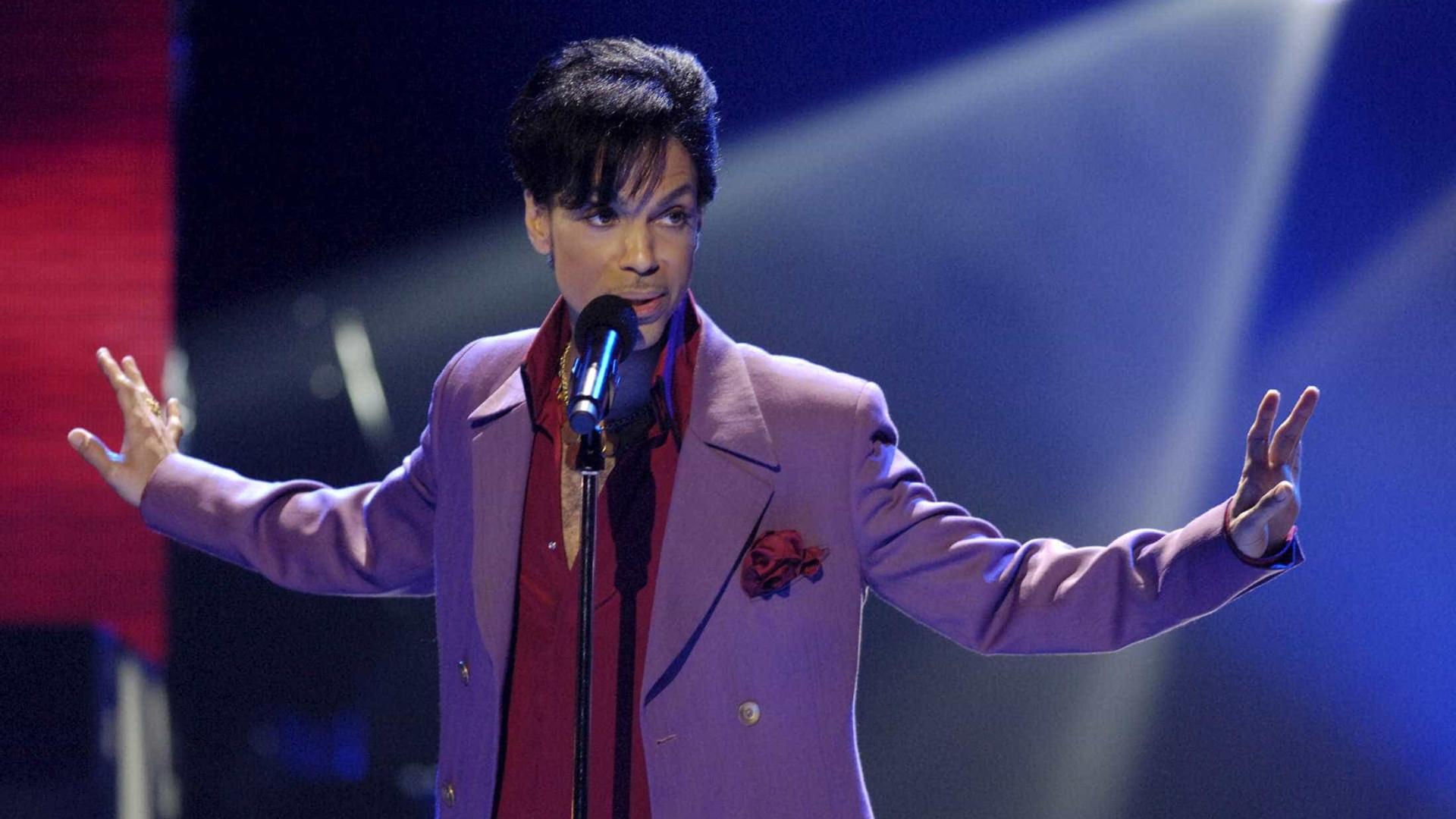 Gravadora de Prince lança álbum póstumo por seu 60º aniversário