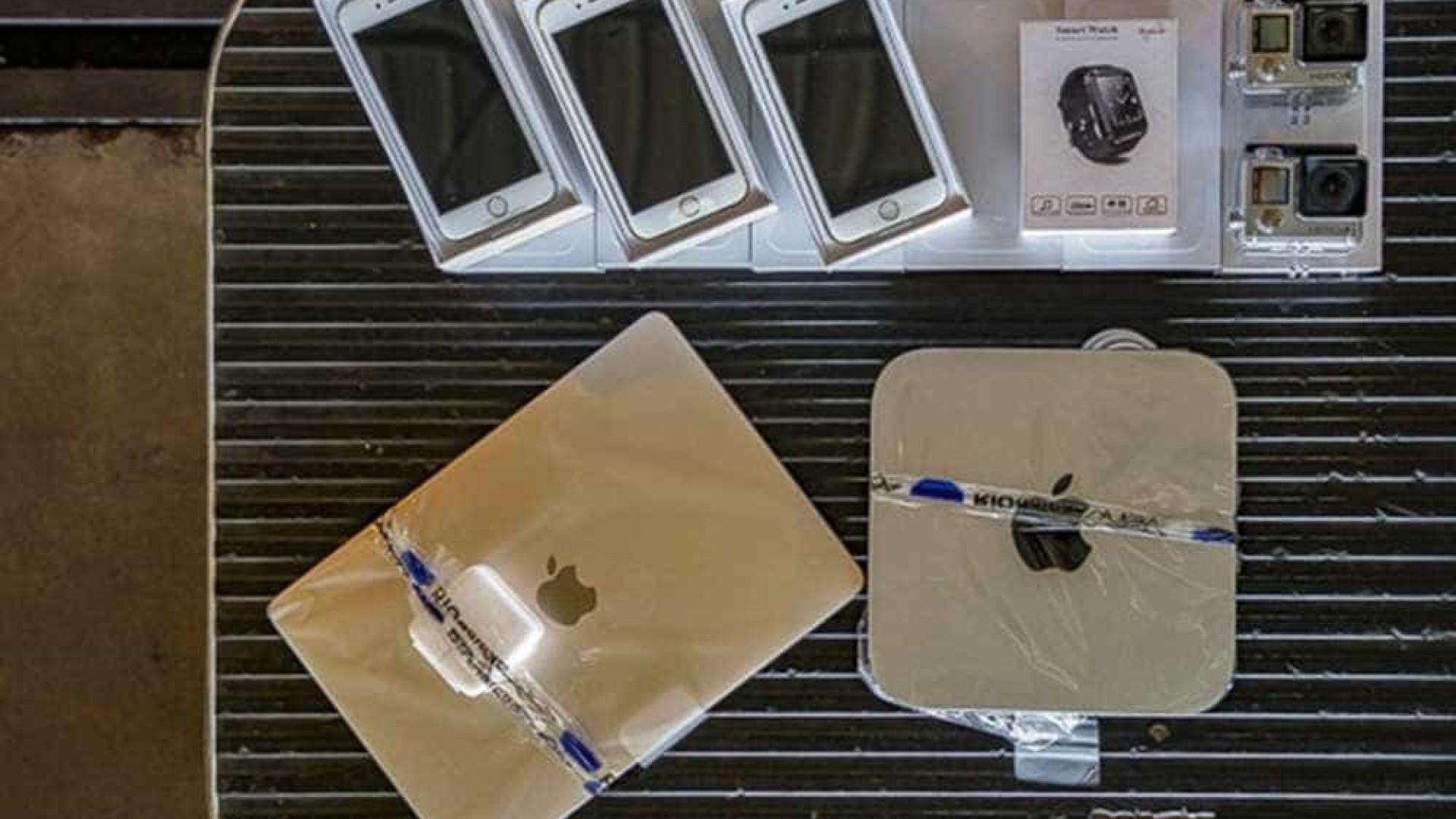Receita Federal leiloa celulares, computadores, câmeras e outros objetos apreendidos no Galeão