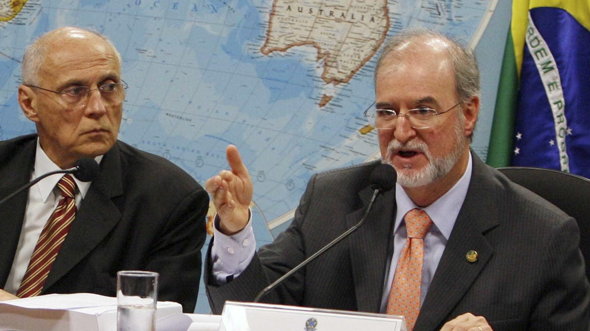 Azeredo pode ser o 1º acusado do mensalão tucano a ser preso