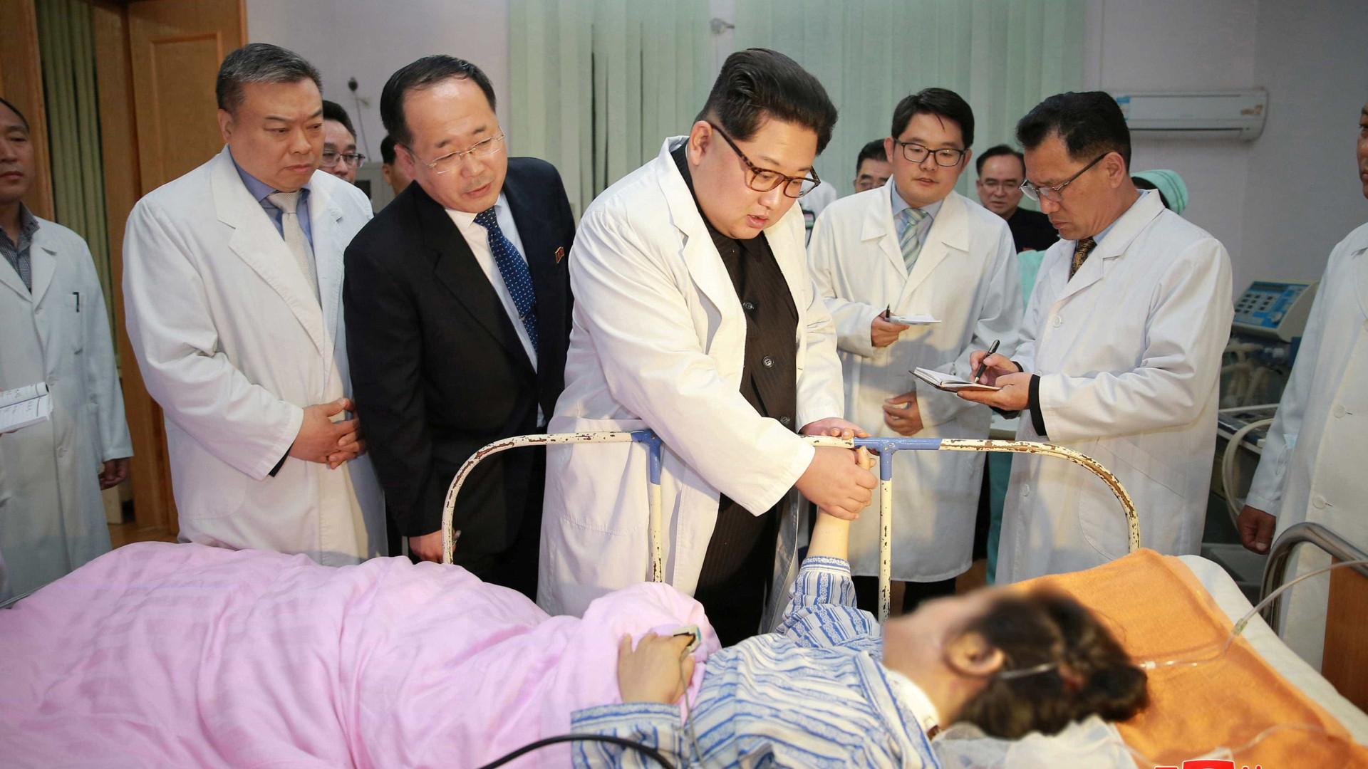 Kim Jong-un visita hospital chinês após acidente que matou 32 turistas