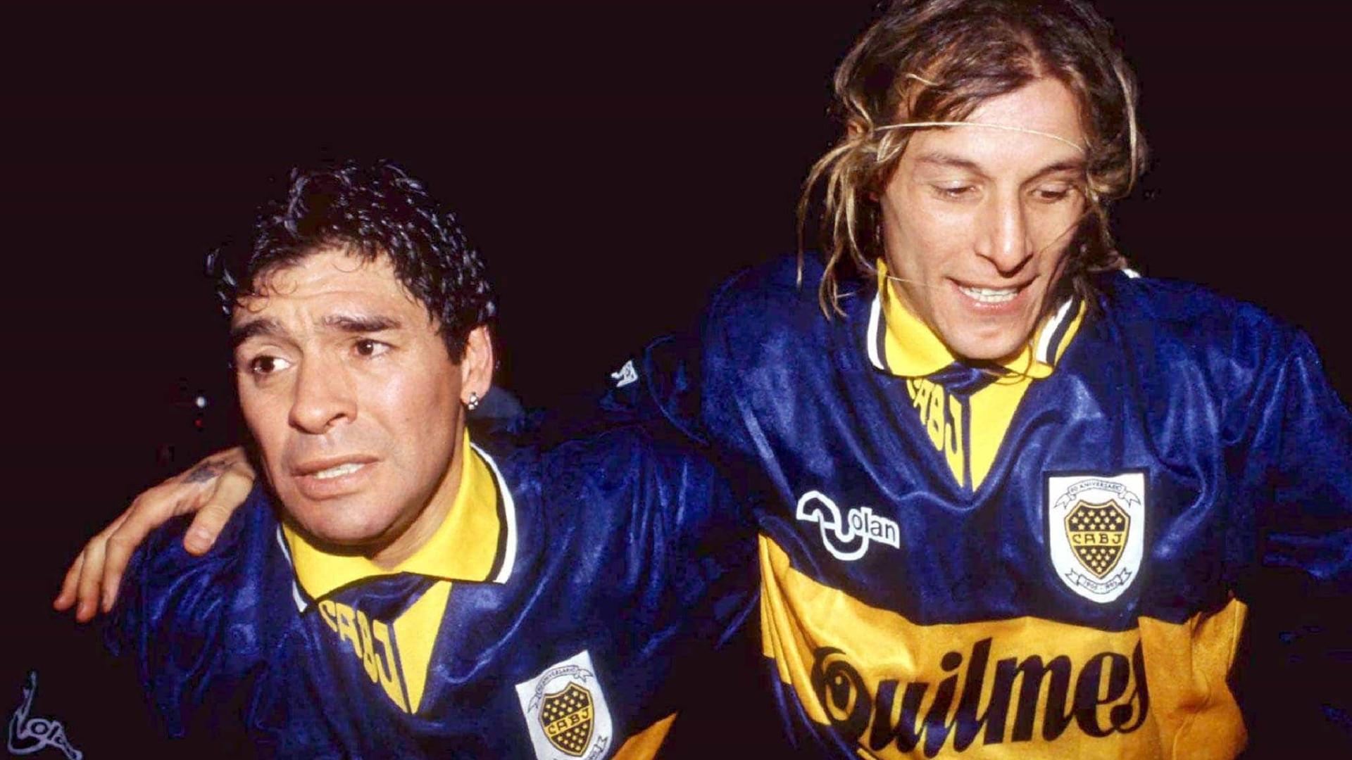 Ex-craque argentino diz que Maradona é melhor que Messi