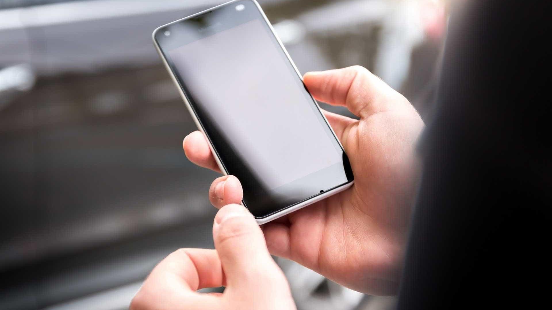 Botões de emergência em postes e celulares facilitam pedidos de socorro
