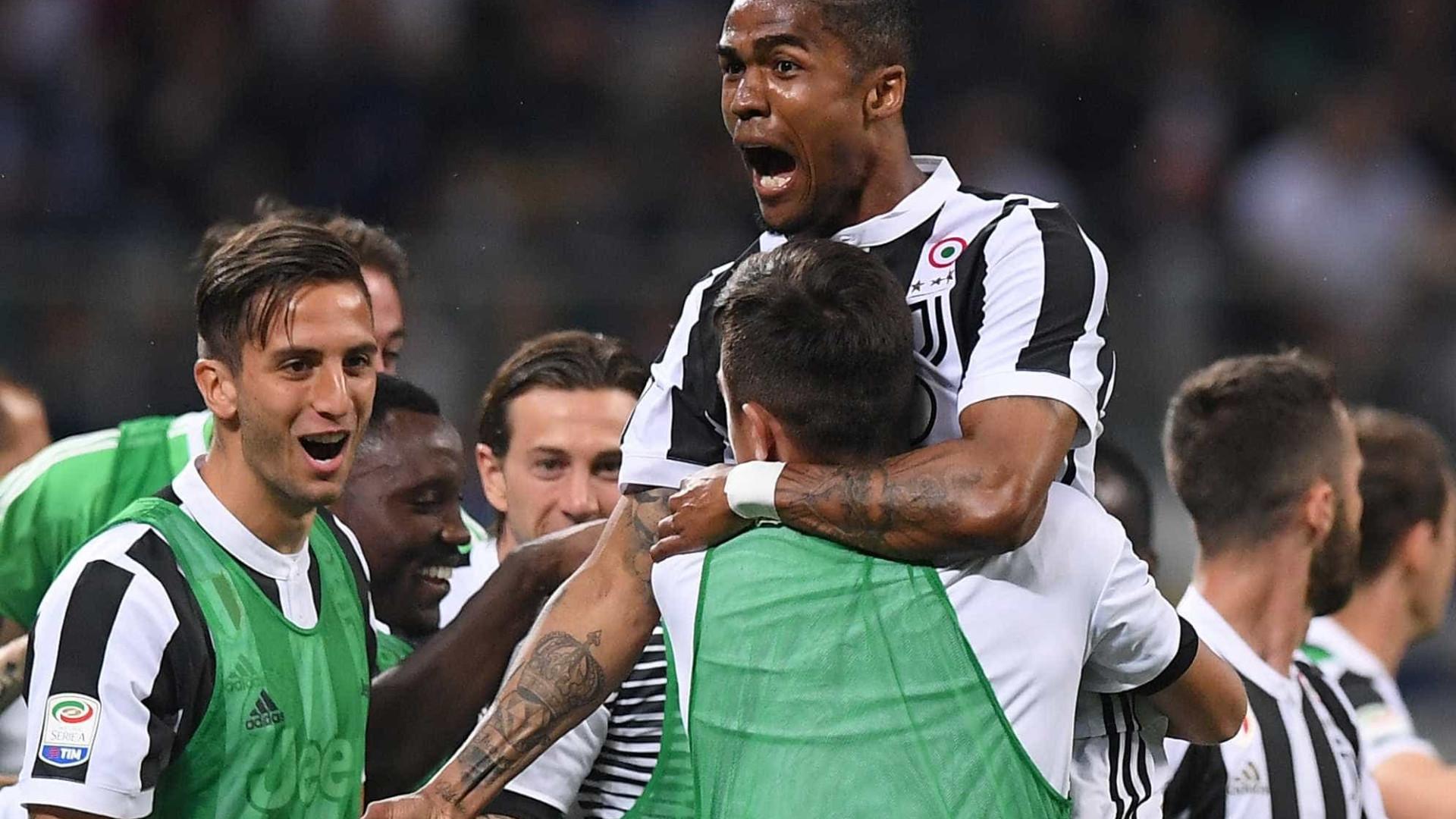 Juventus bate Inter em jogo alucinante