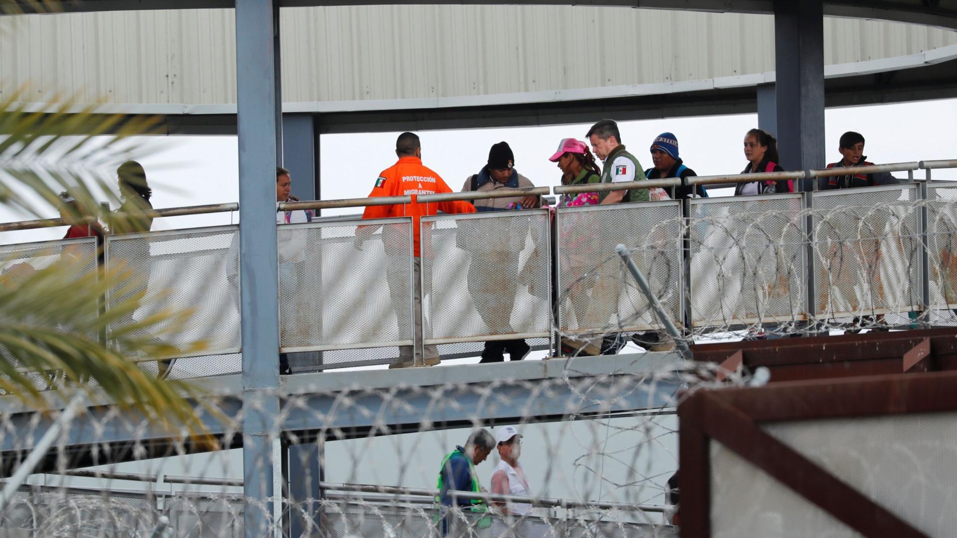 Caravana de migrantes deixa Cidade do México em direção a Tijuan