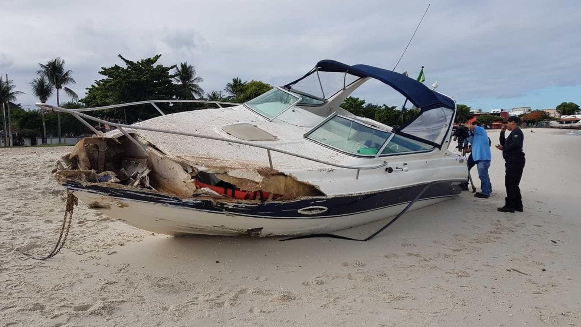 Lancha com 71,5 kg de explosivos é achada na Baía de Todos os Santos